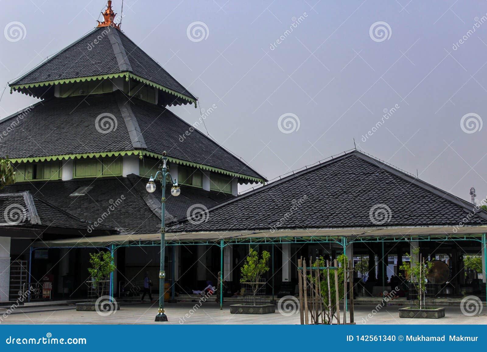 Demak grote moskee, Indonesië