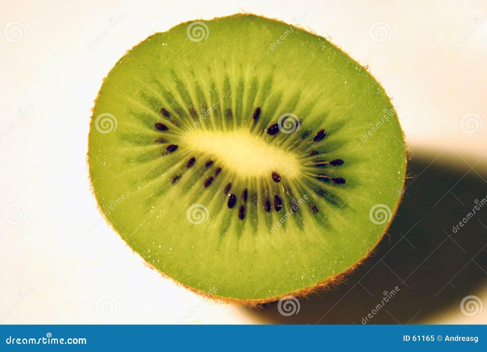 Download Demi de kiwi image stock. Image du part, sliced, pulpe, instruction - 61165