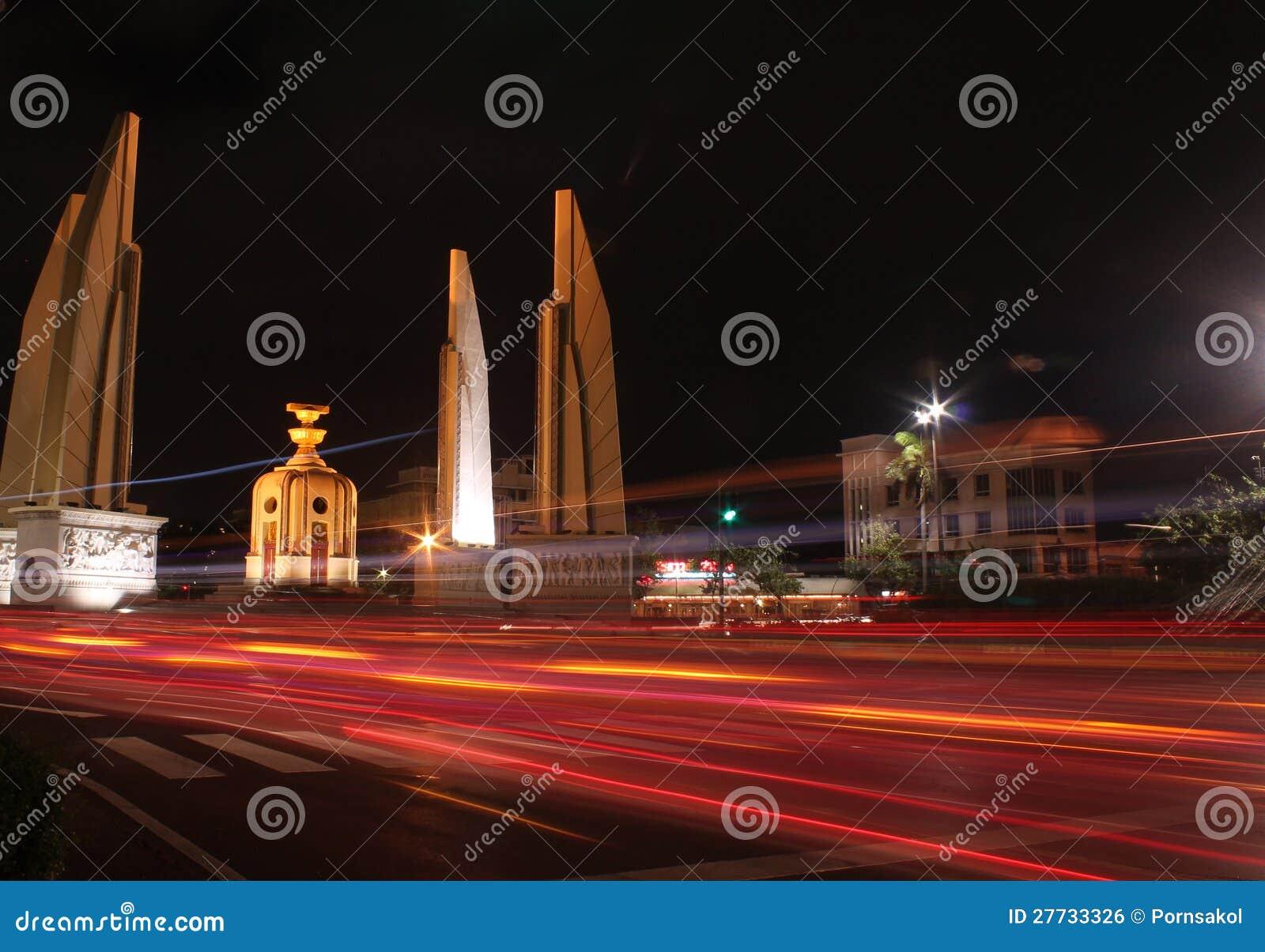 Demokratie-Denkmal