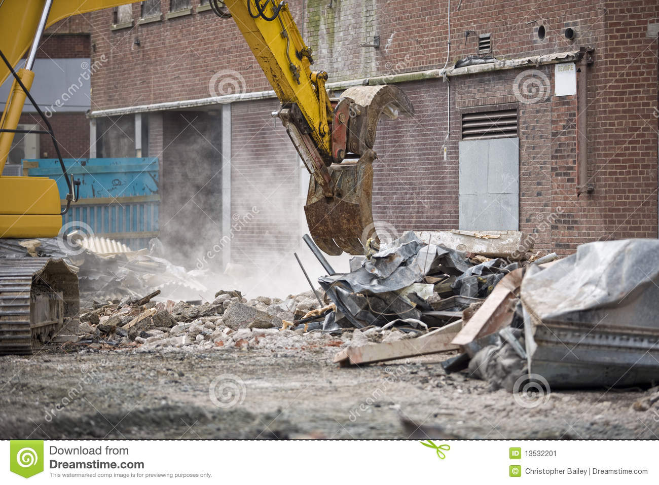 how to start a demolition saw
