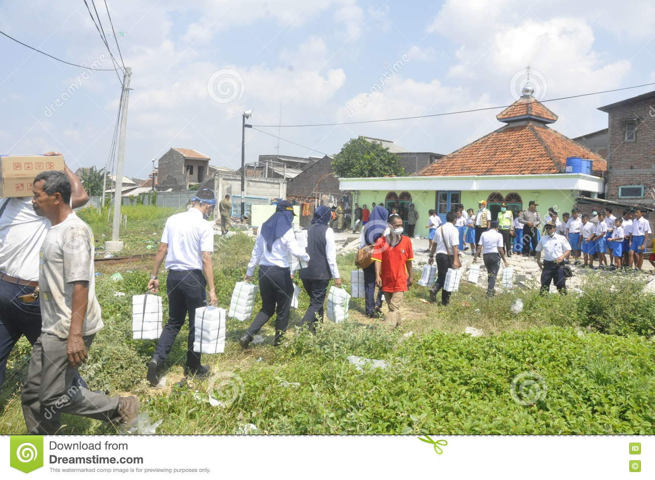 Demolition of houses on land owned ptkai in semarang editorial download comp reheart Choice Image