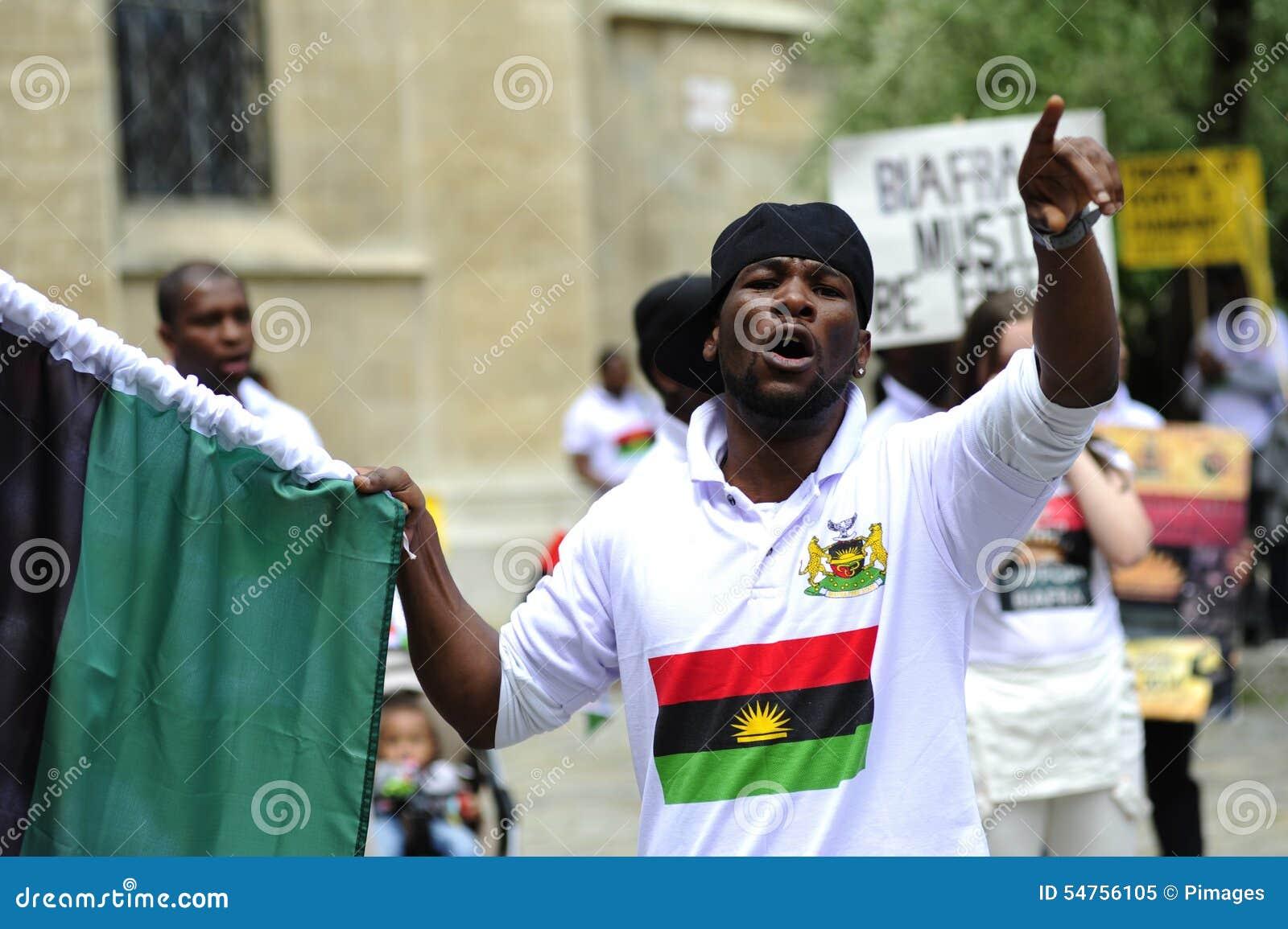 Demonstrations--Indigeniousleute von Biafra
