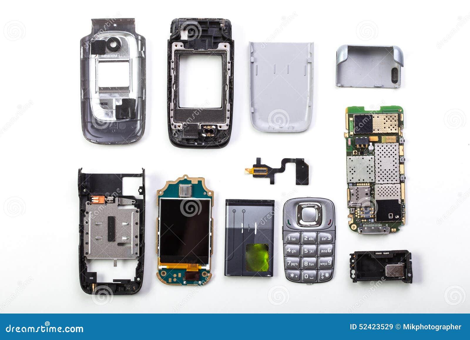 Demontujący telefon komórkowy