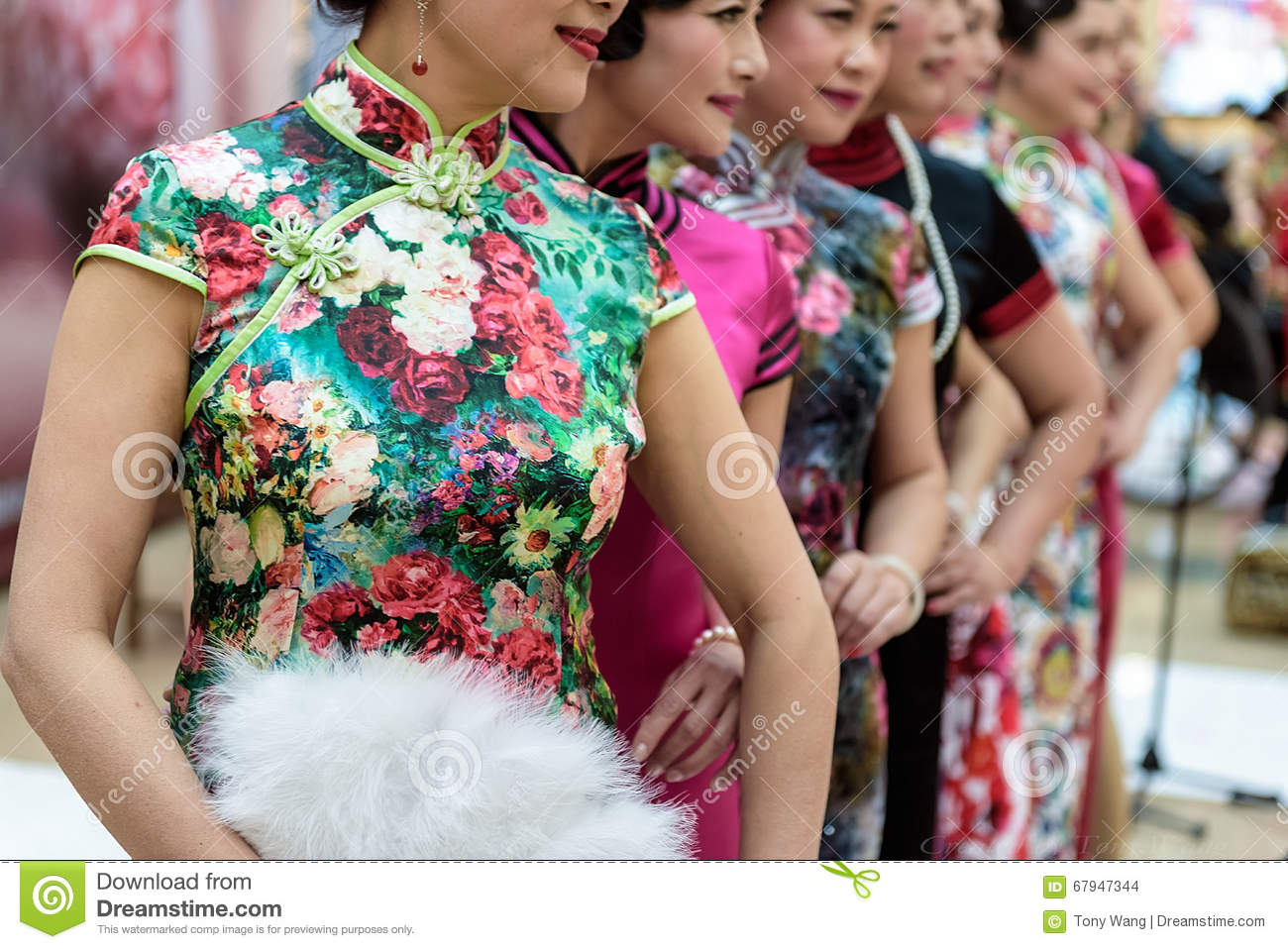 Demostración china del cheongsam