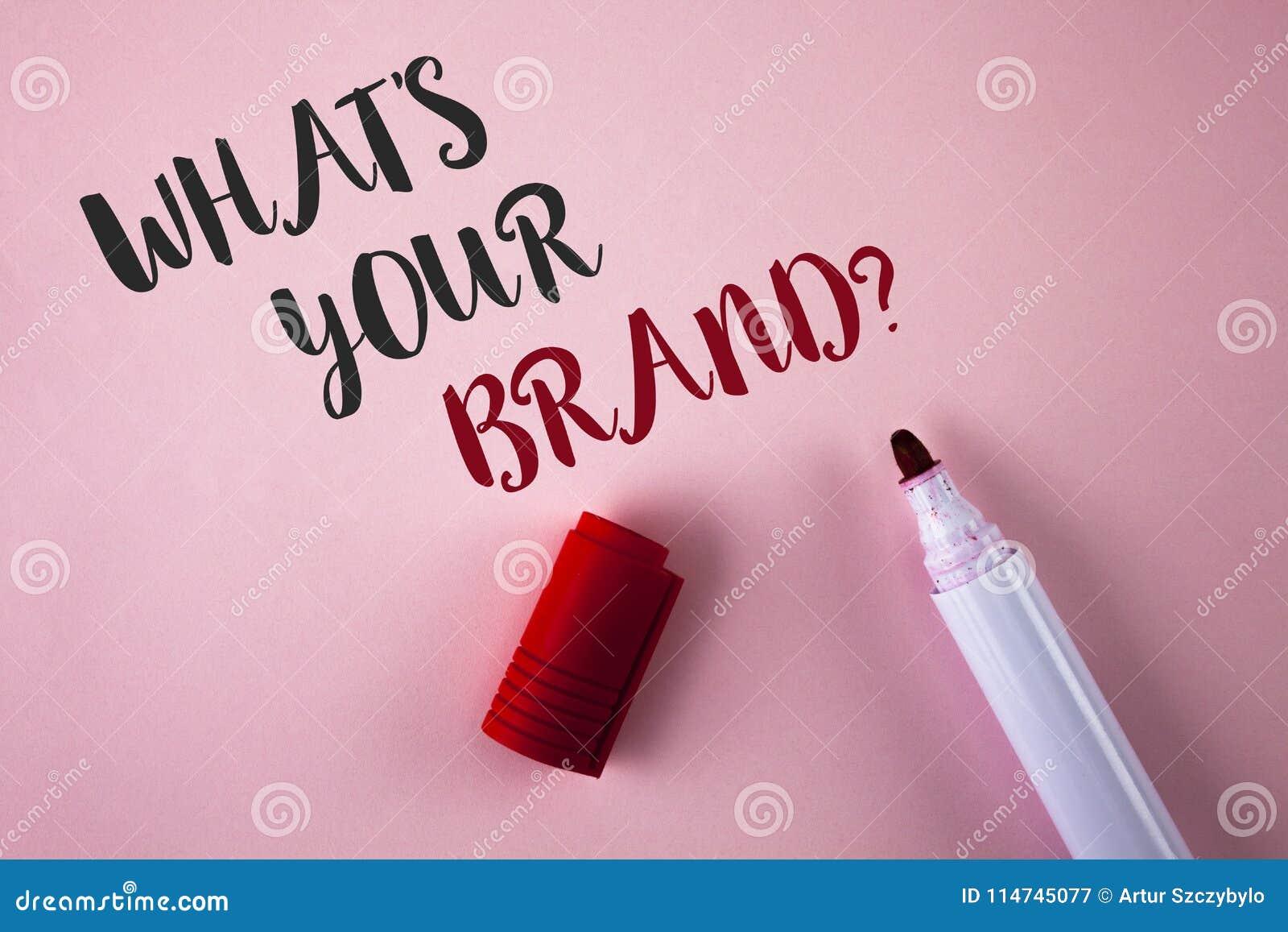 Demostración conceptual de la escritura de la mano cuál es su pregunta de la marca La exhibición de la foto del negocio define ma