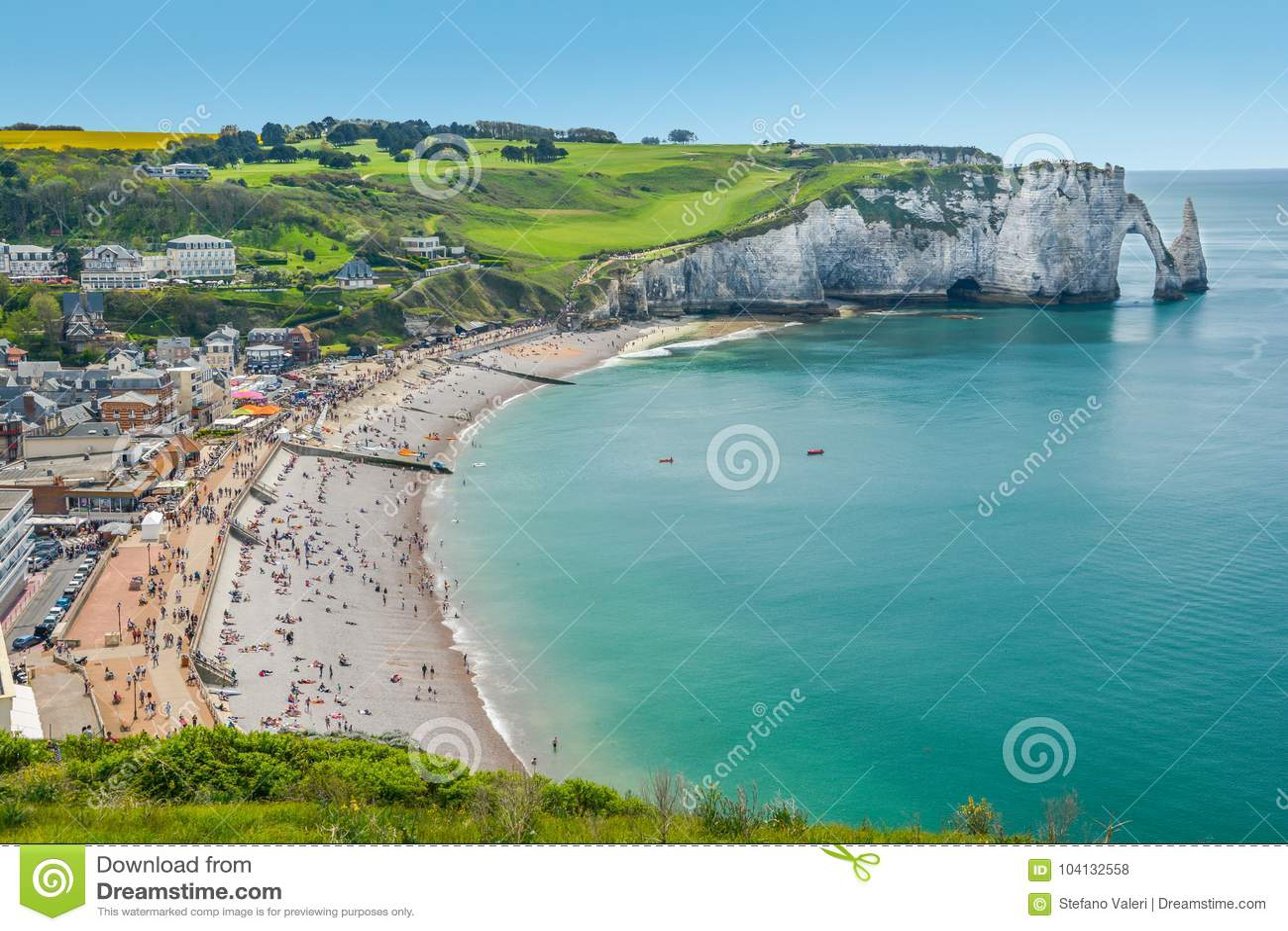Den Alabaster Kusten Av Etretat Normandie Frankrike Arkivfoto