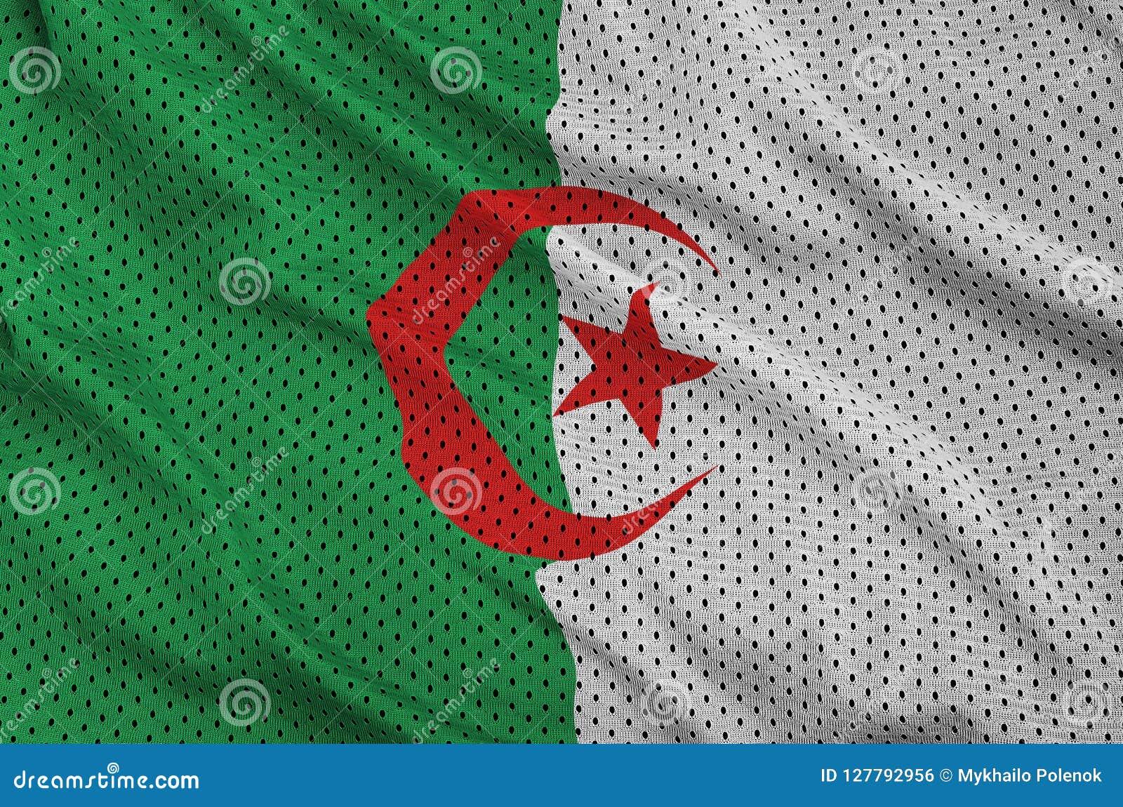 Den Algeriet flaggan skrivev ut på ett tyg för ingrepp för polyesternylonsportswear