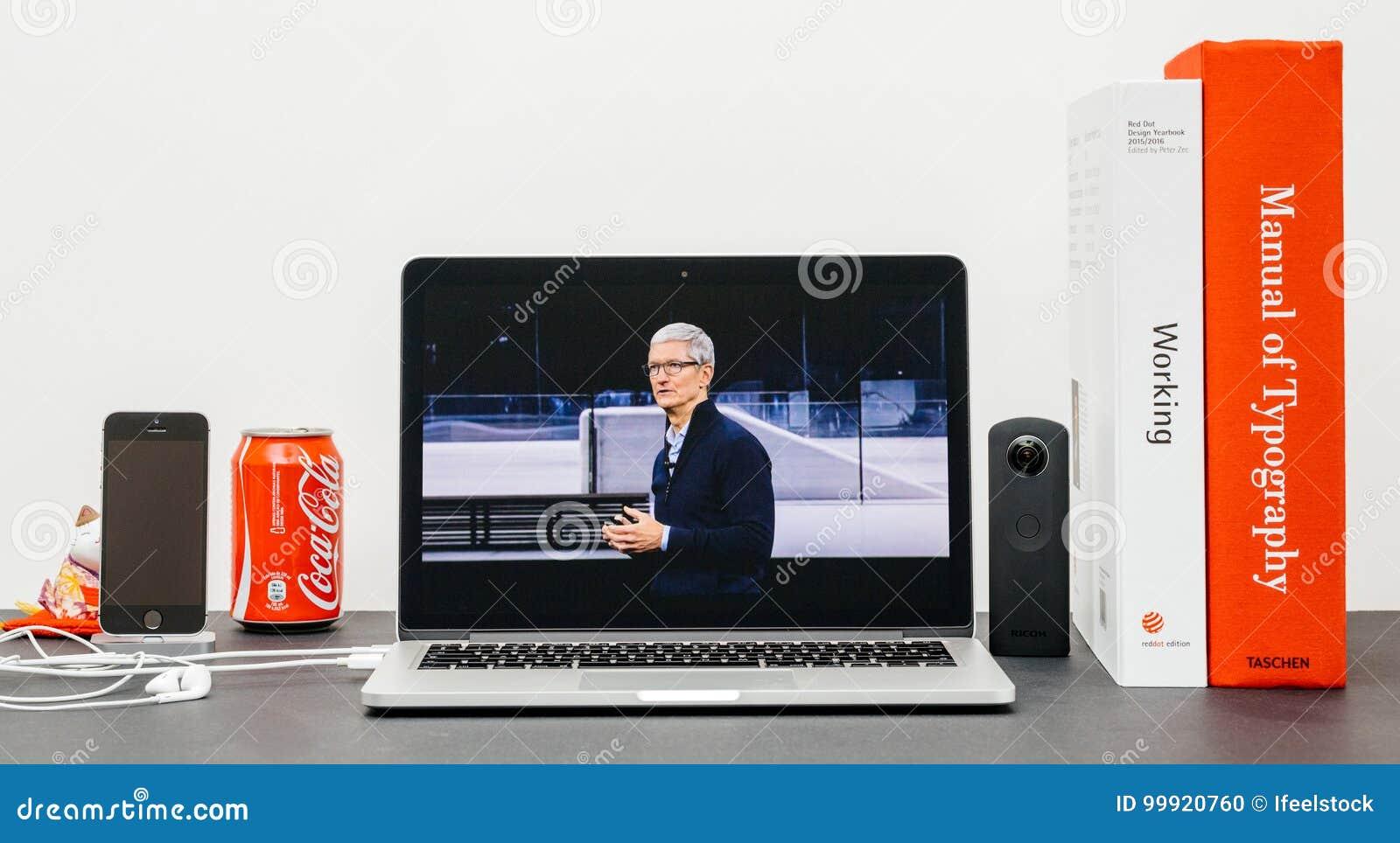 Den Apple grundtanken med Tim Cook farvälhänder avslutar grundtanke