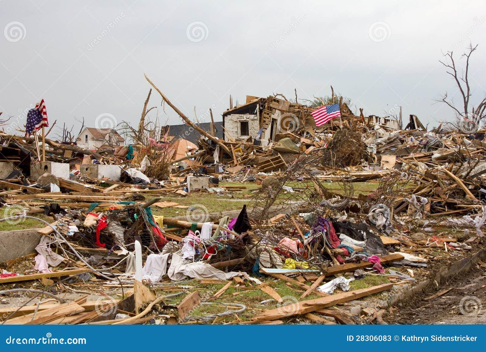 Den förstörda husJoplin Missouri tromben sjunker