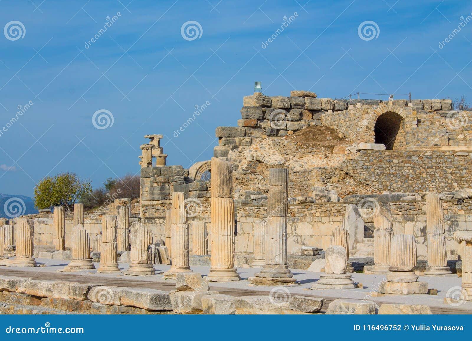 Den forntida antika staden av Efes, den Ephesus antikviteten fördärvar