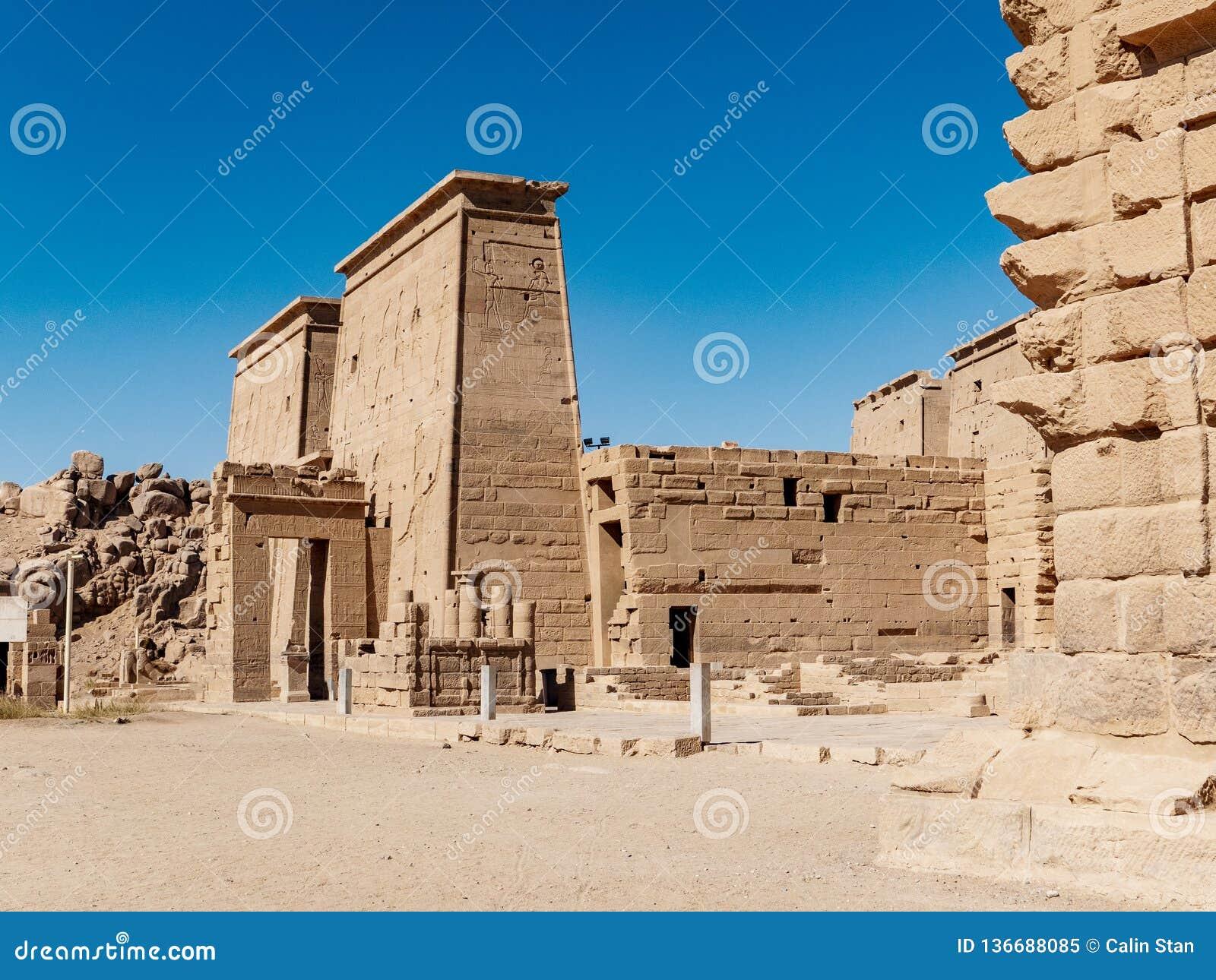 Den forntida templet av Philae nära Aswan i Egypten en av de viktigaste turist- dragningarna i Egypten