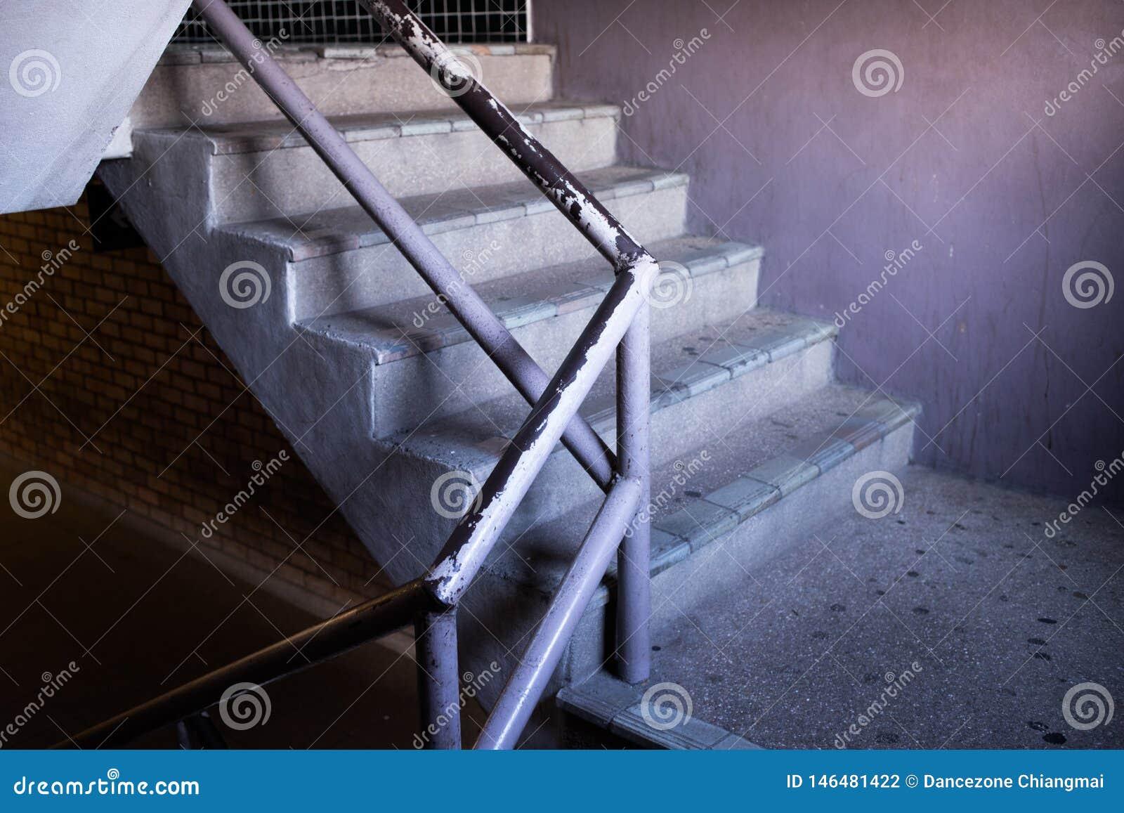 Den gamla trappuppgången i shoppinggalleria