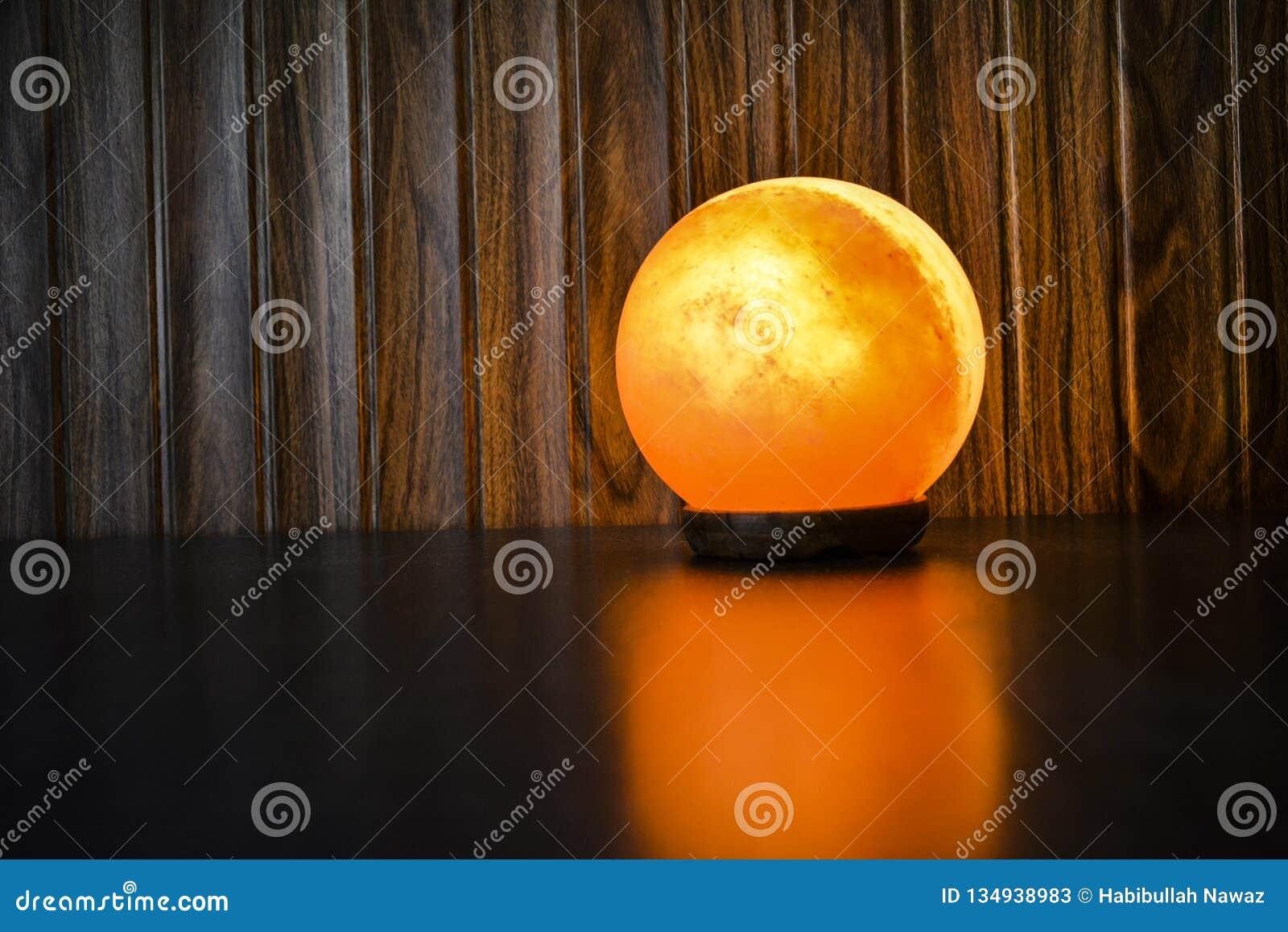 Den glödande bollen saltar lampan | Himalayan salta