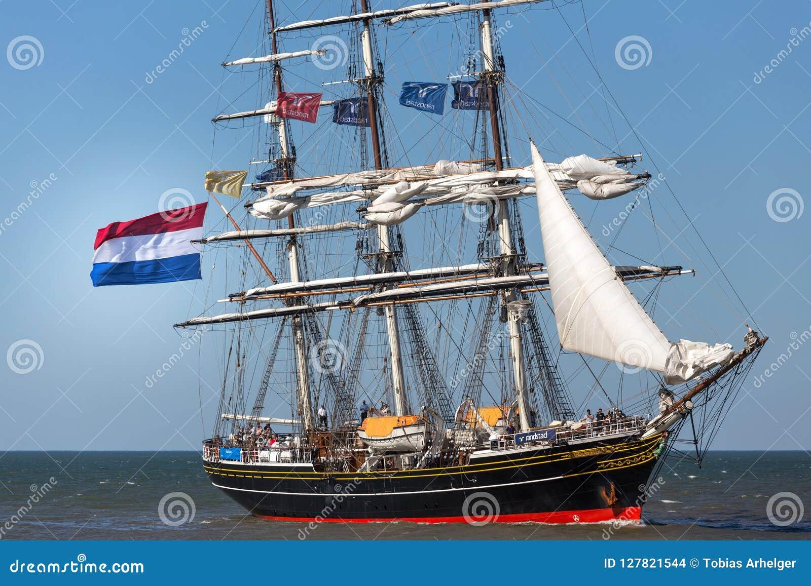 Den Haag, Den Haag/Nederland - 01 07 18: varend schip stad Amsterdam op oceaanden haag Nederland