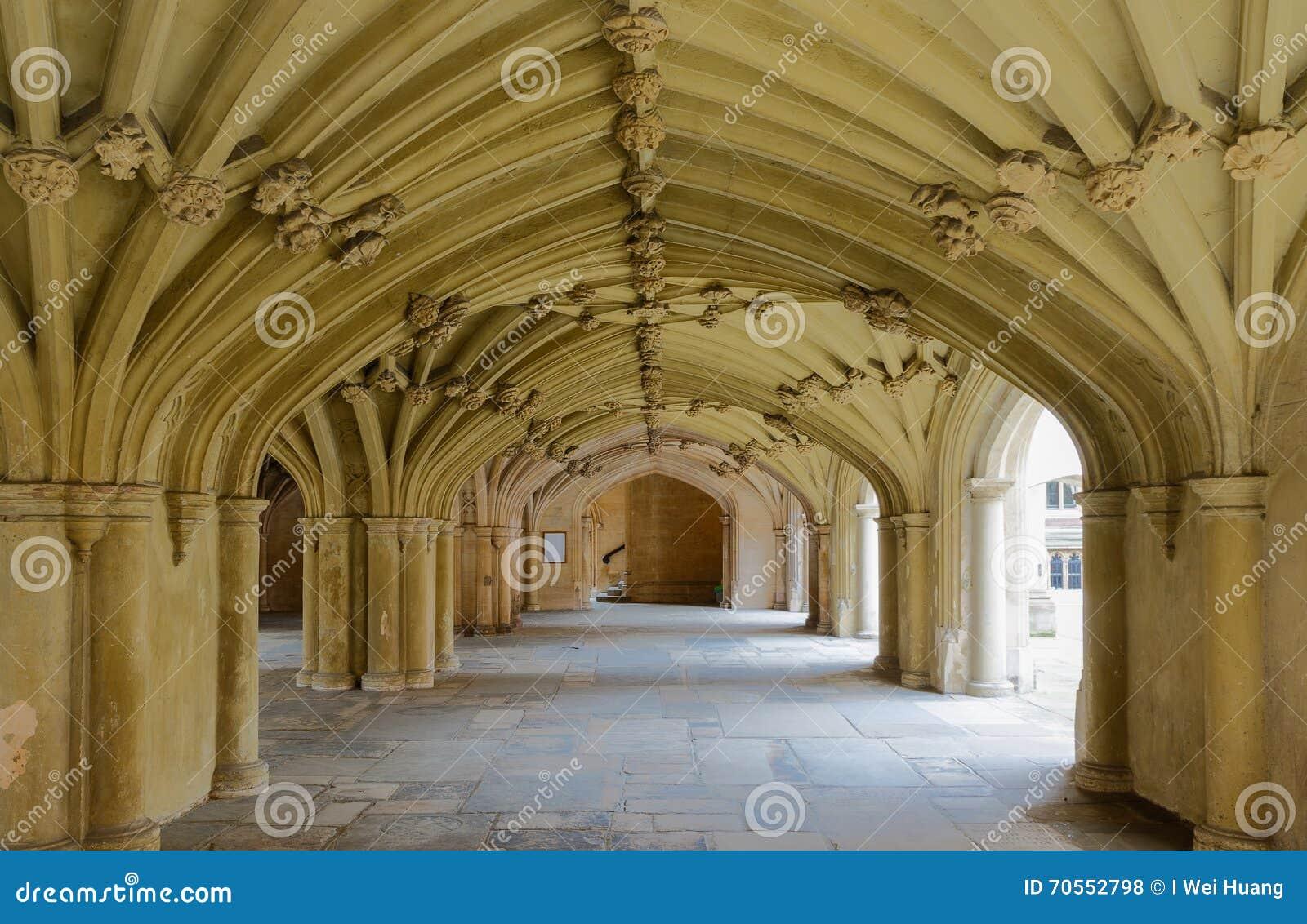 Den kapellUndercroft Lincolns gästgivargården London