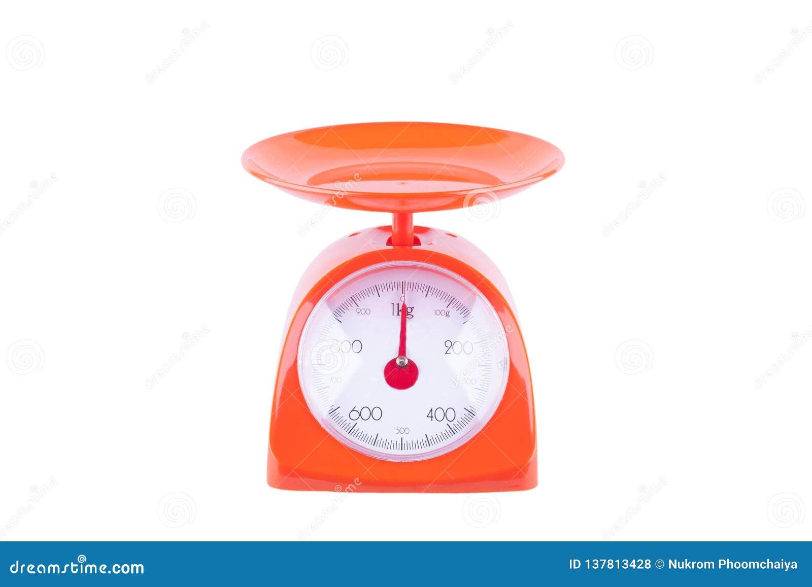 Den orange vågen som väger produkter på vitt objekt för bakgrundskökutrustning, isolerade