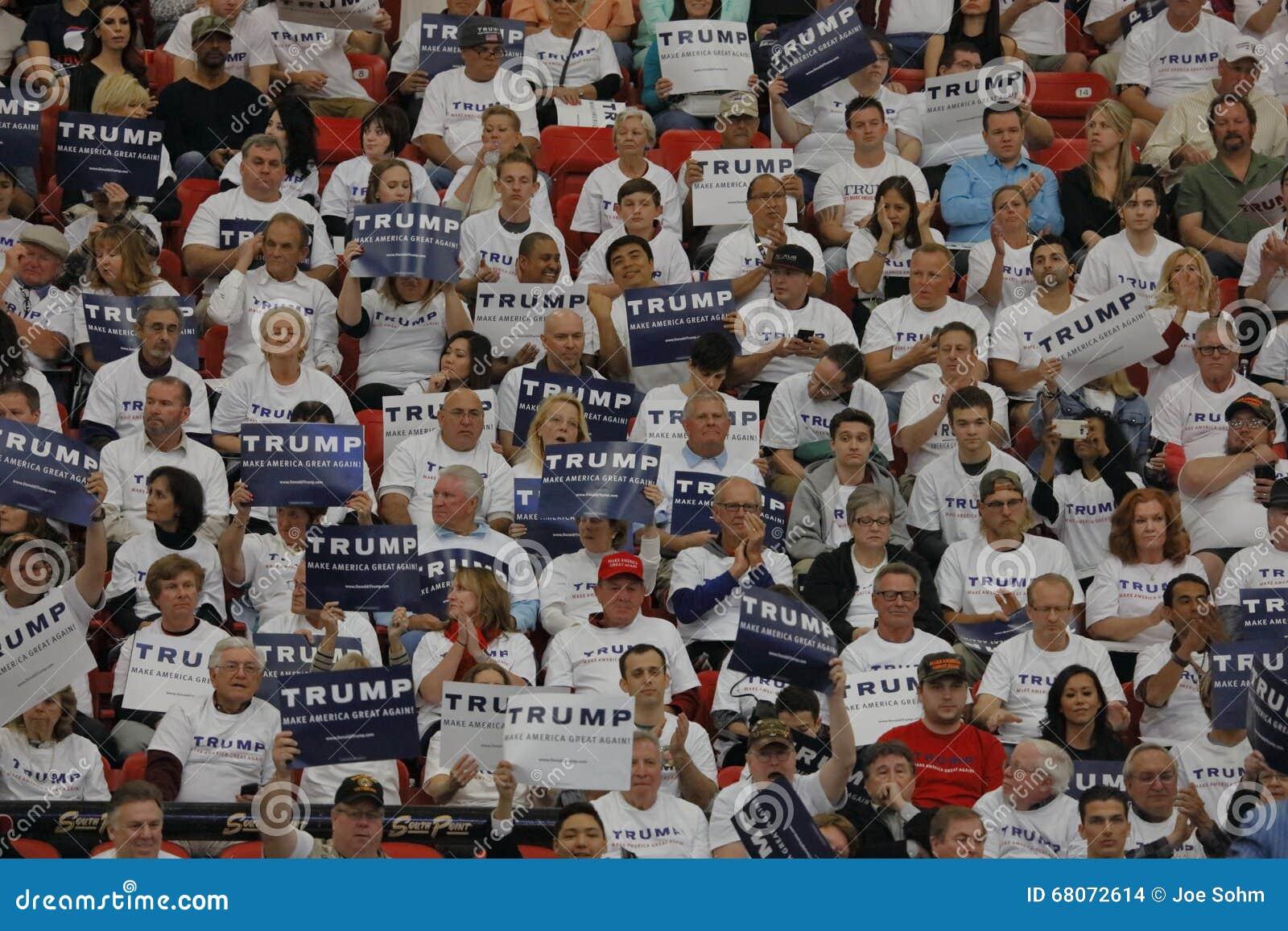 Den republikanska presidentkandidatDonald Trump aktionen samlar på den södra punktarenan & kasinot i Las Vegas