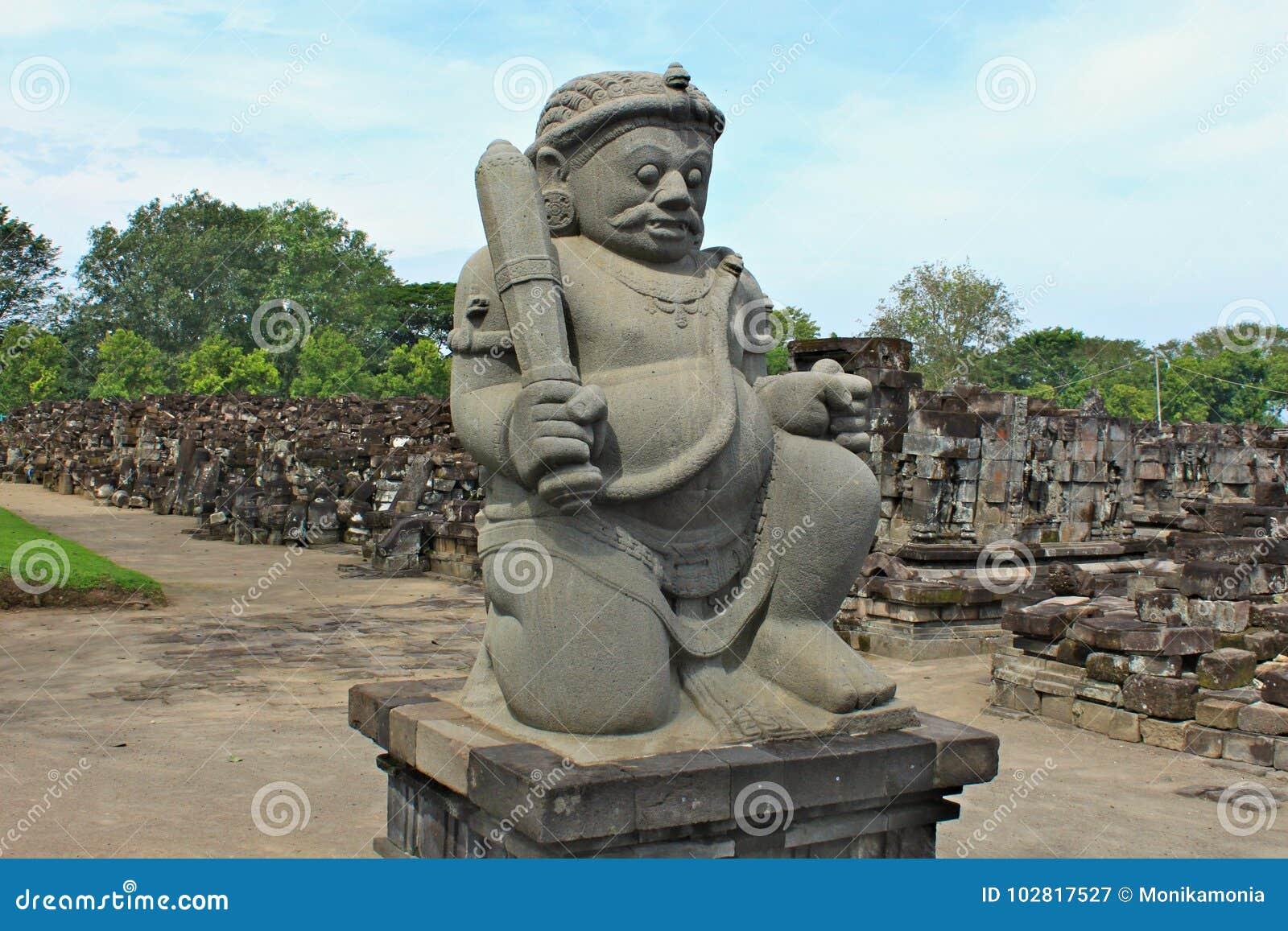 Den Sewu templet är det andra - största komplexet för den buddistiska templet i Java