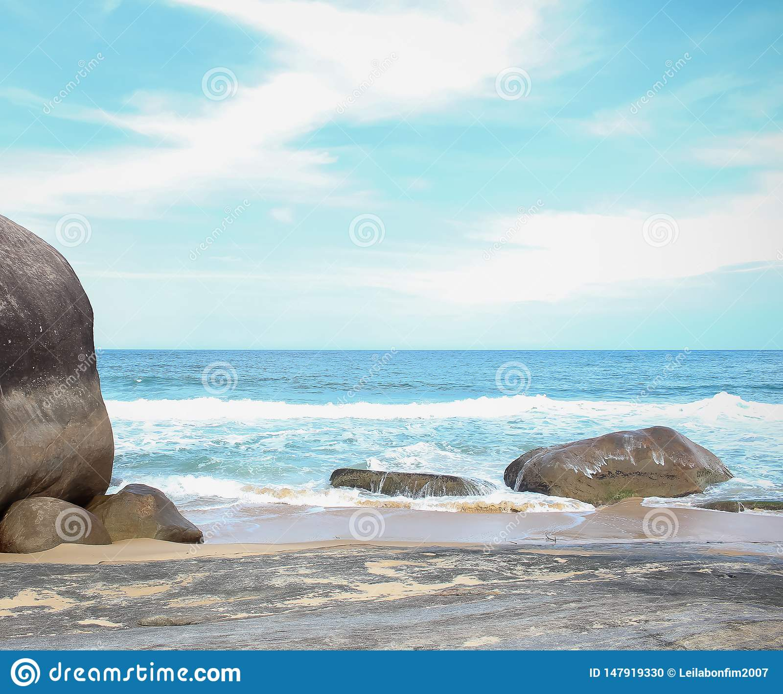Den stora stenen i havet