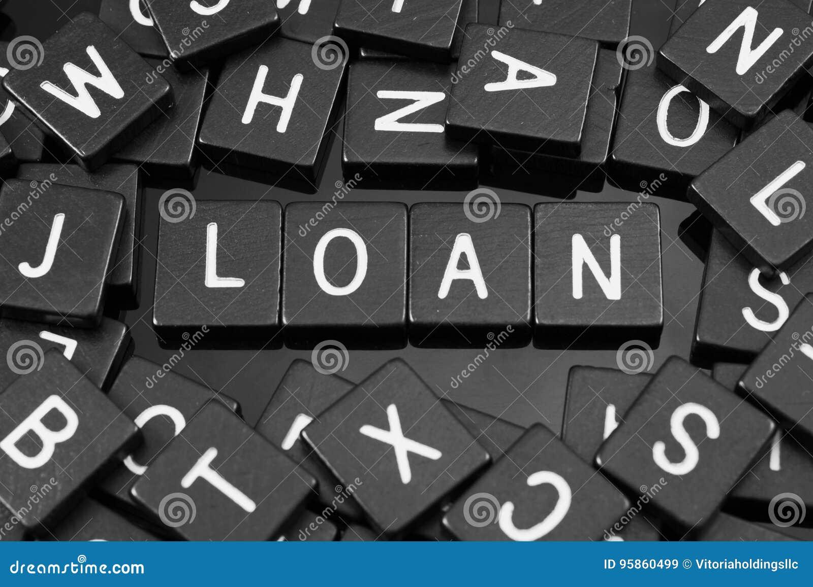 Den svarta bokstaven belägger med tegel att stava ordet & x22en; loan& x22;
