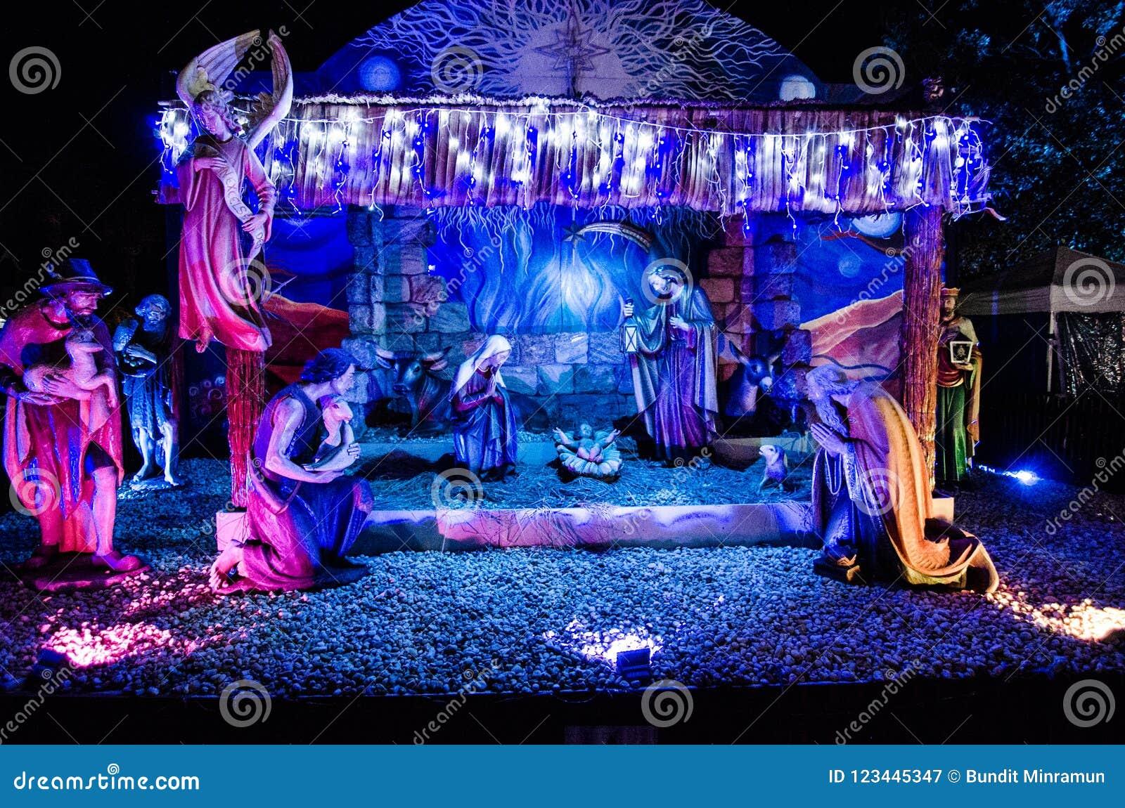 Den utomhus- Kristi födelsen som firar födelsen av Kristus på kyrkan för domkyrka för St Mary ` s