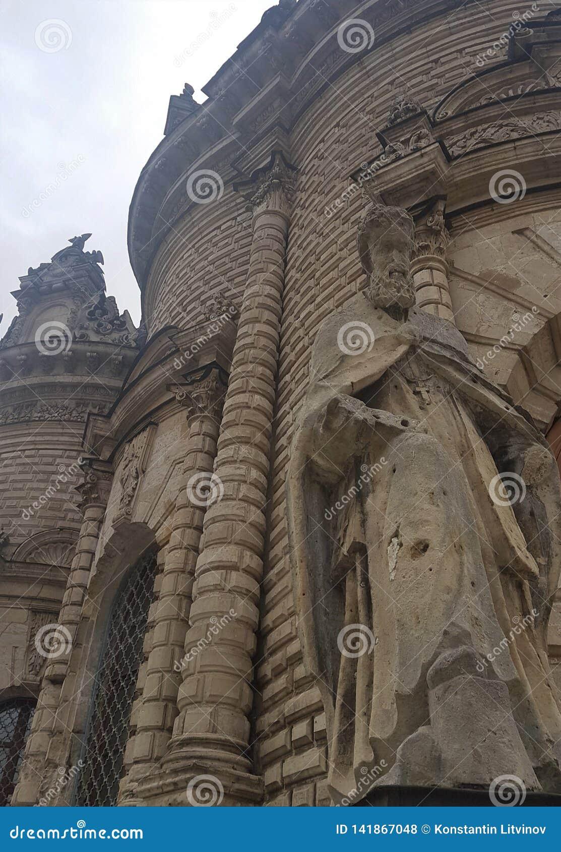 Den Znamenskaya kyrkakyrkan av vår dam av undertecknar in Dubrovitsy