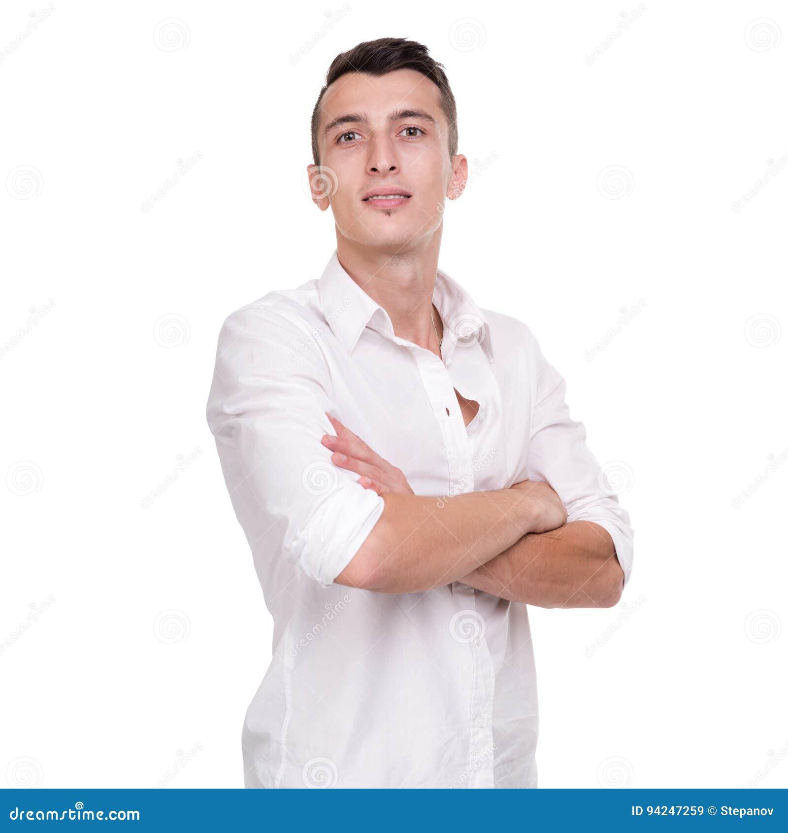 Denkende mens die op witte achtergrond wordt geïsoleerde Close-upportret van een toevallige jonge peinzende zakenman