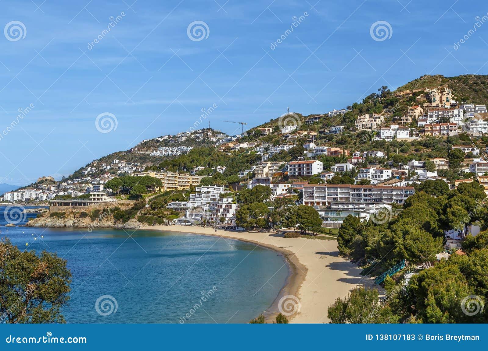 Denny wybrzeże w terenie róże, Hiszpania