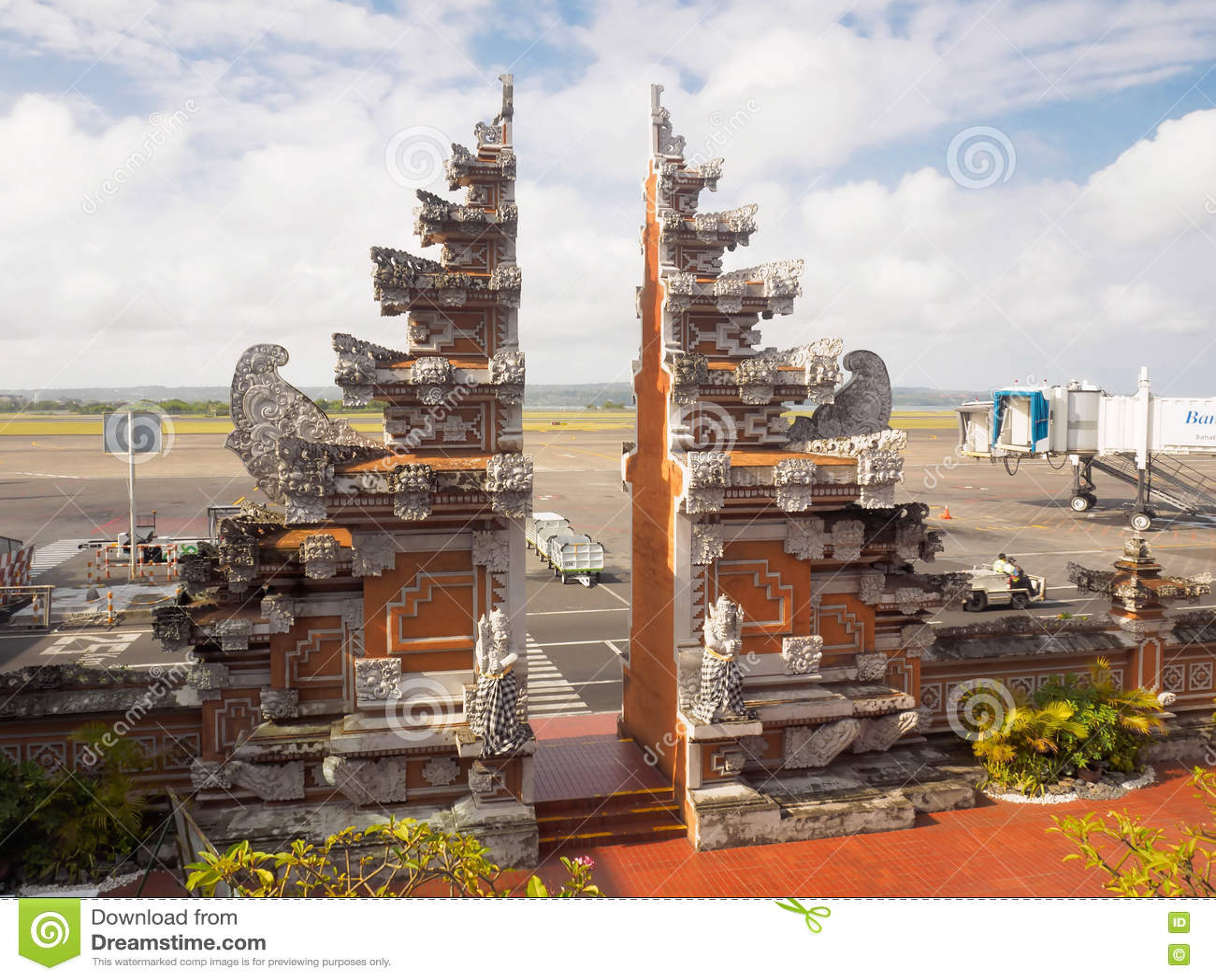 Aeroporto Bali : Bali international airport bali indonesia stock photos images