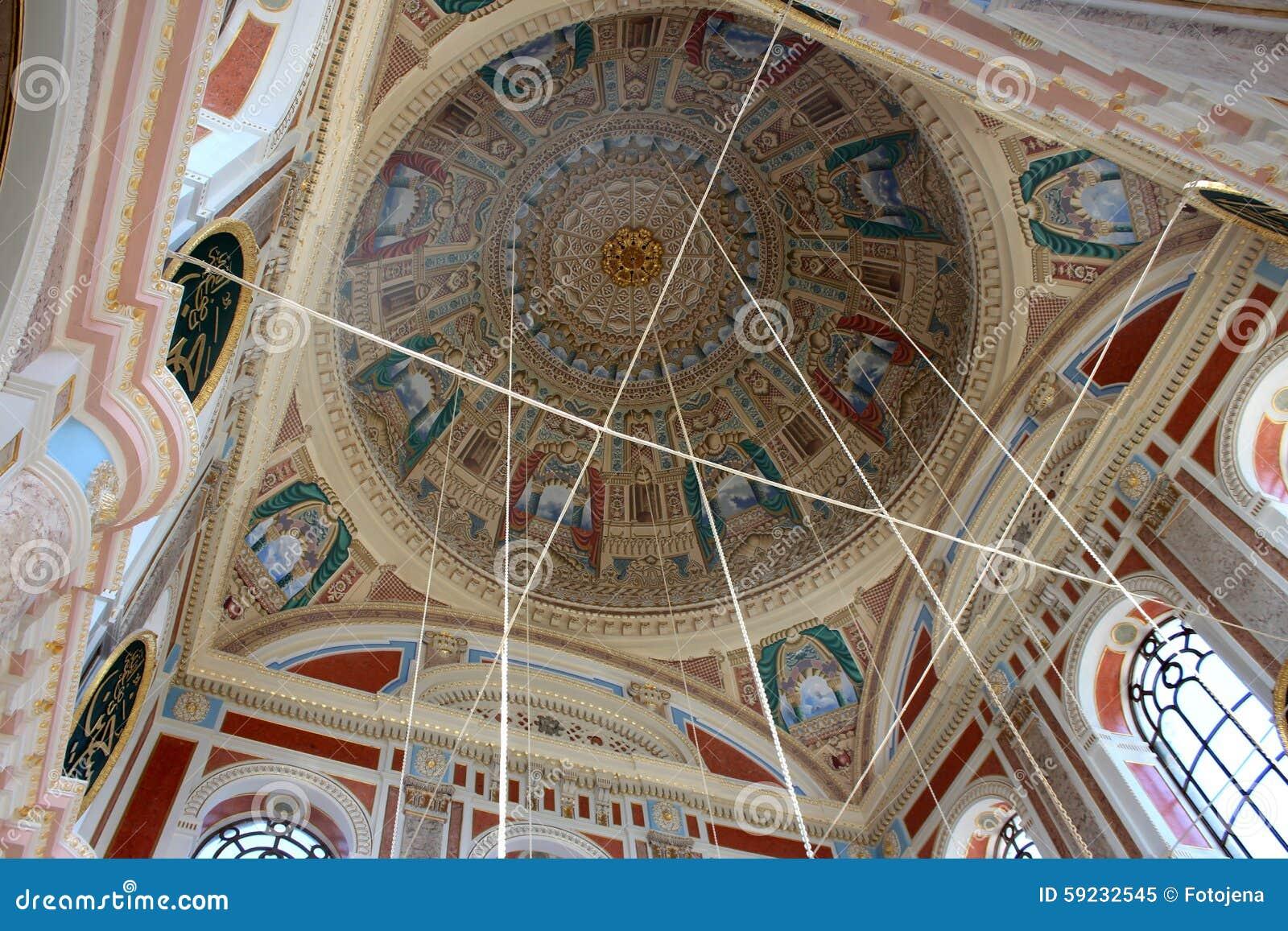 Download Dentro De La Mezquita De Ortakoy Imagen de archivo - Imagen de ornamento, bóveda: 59232545