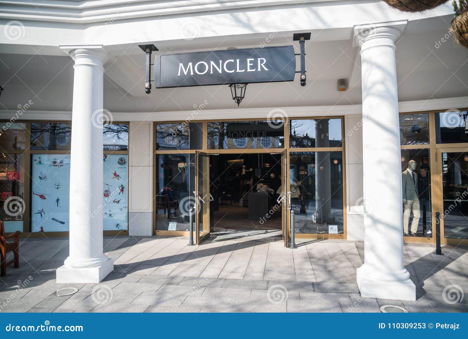 moncler azienda italiana