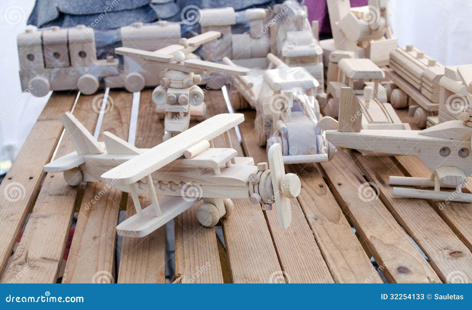 Deposito piano fatto a mano di legno dei modelli del for Piano di deposito