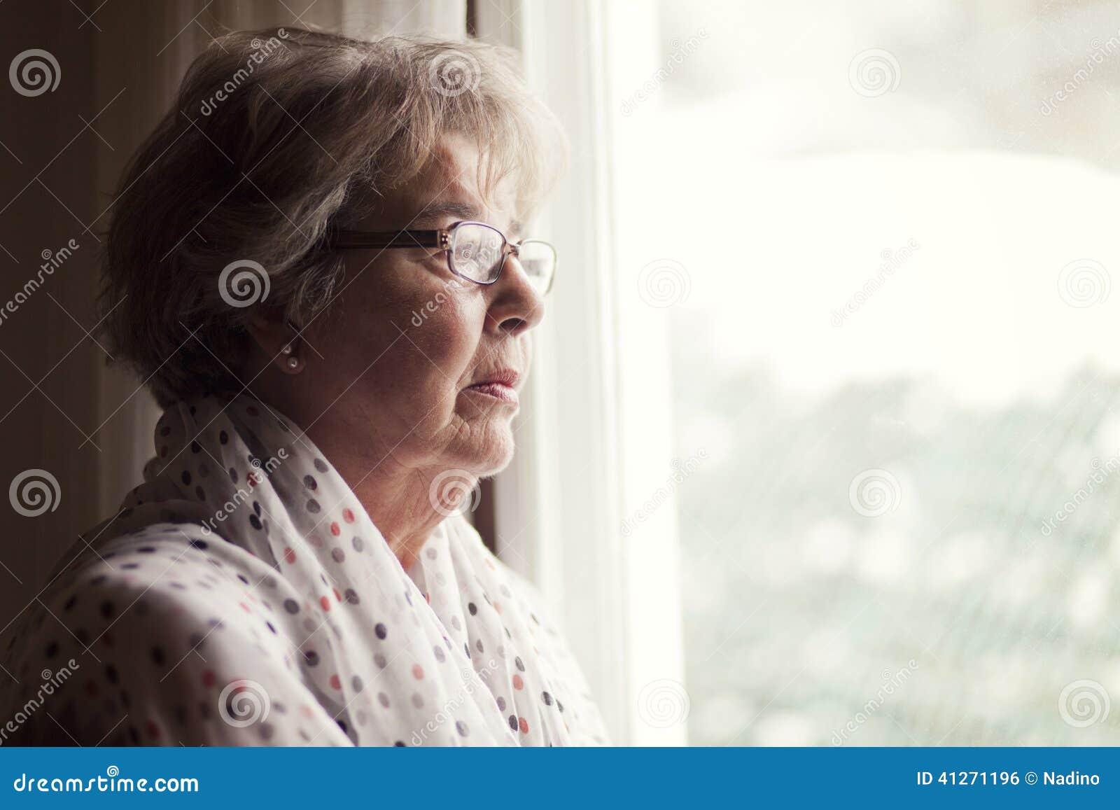 Depresja Starsza kobieta