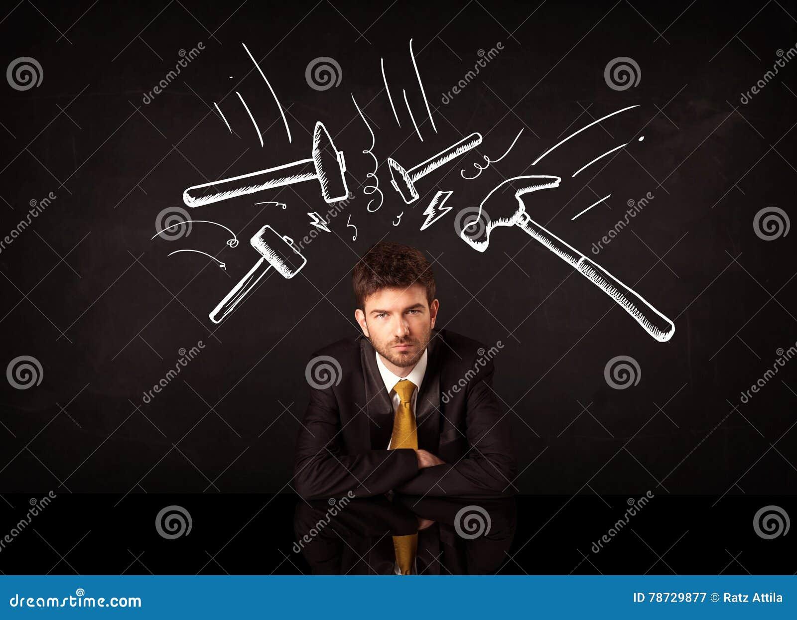 Deprimerat affärsmansammanträde under hammarefläckar