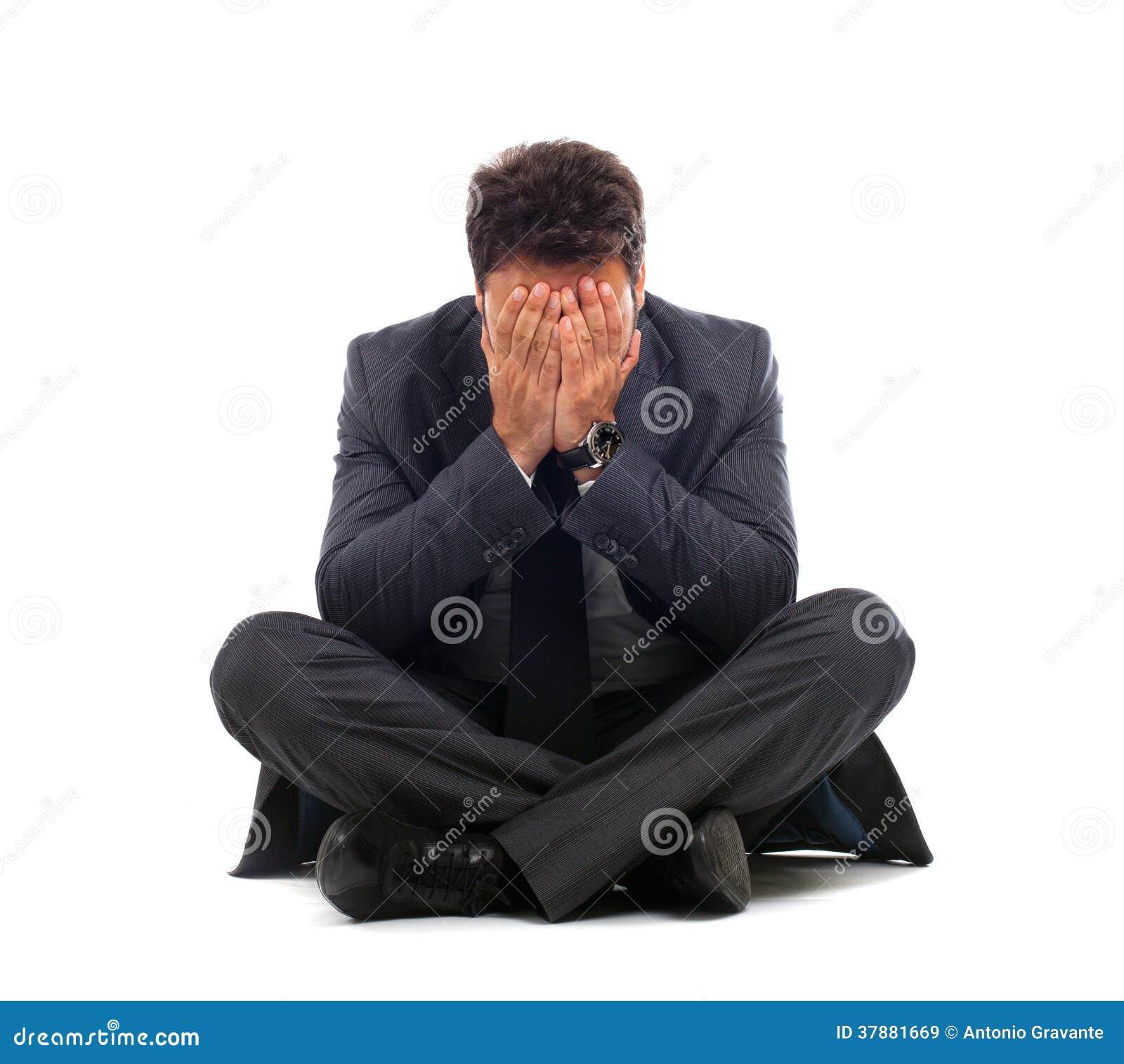 Deprimerat ungt affärsmansammanträde på jordningen
