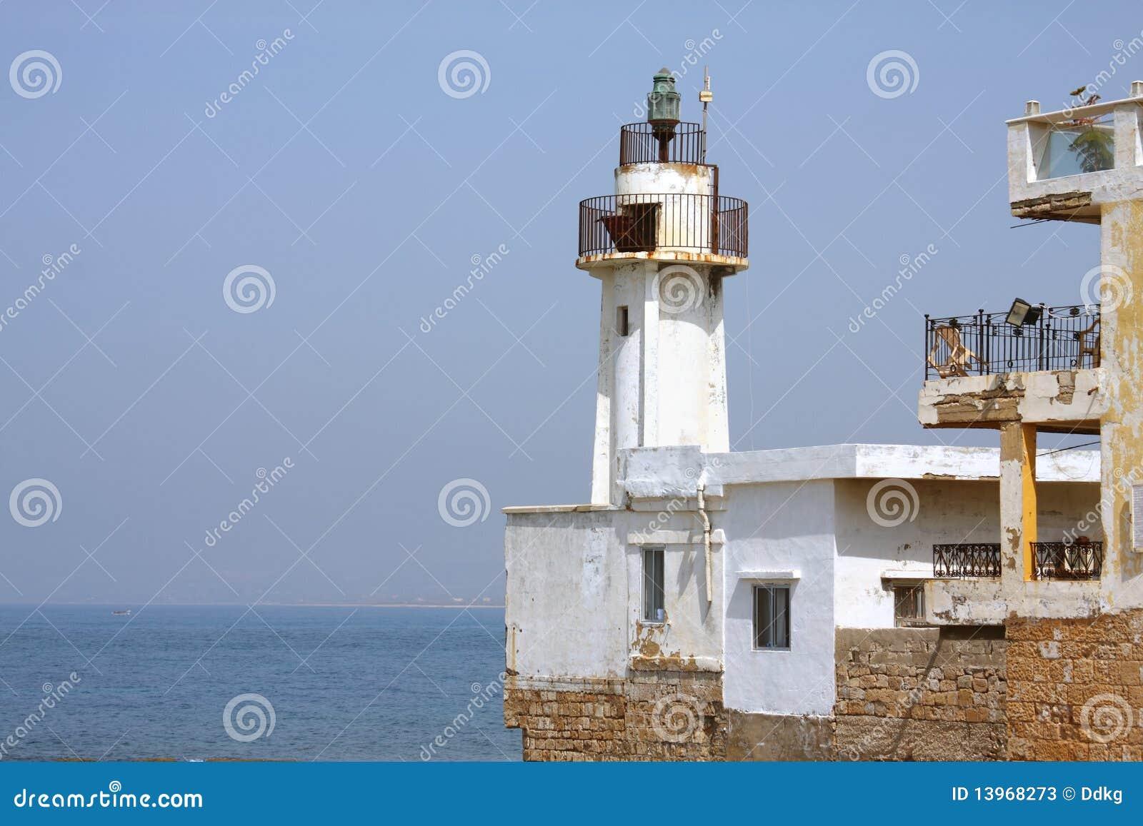 Der alte Leuchtturm (Fanar) im Reifen, der Libanon
