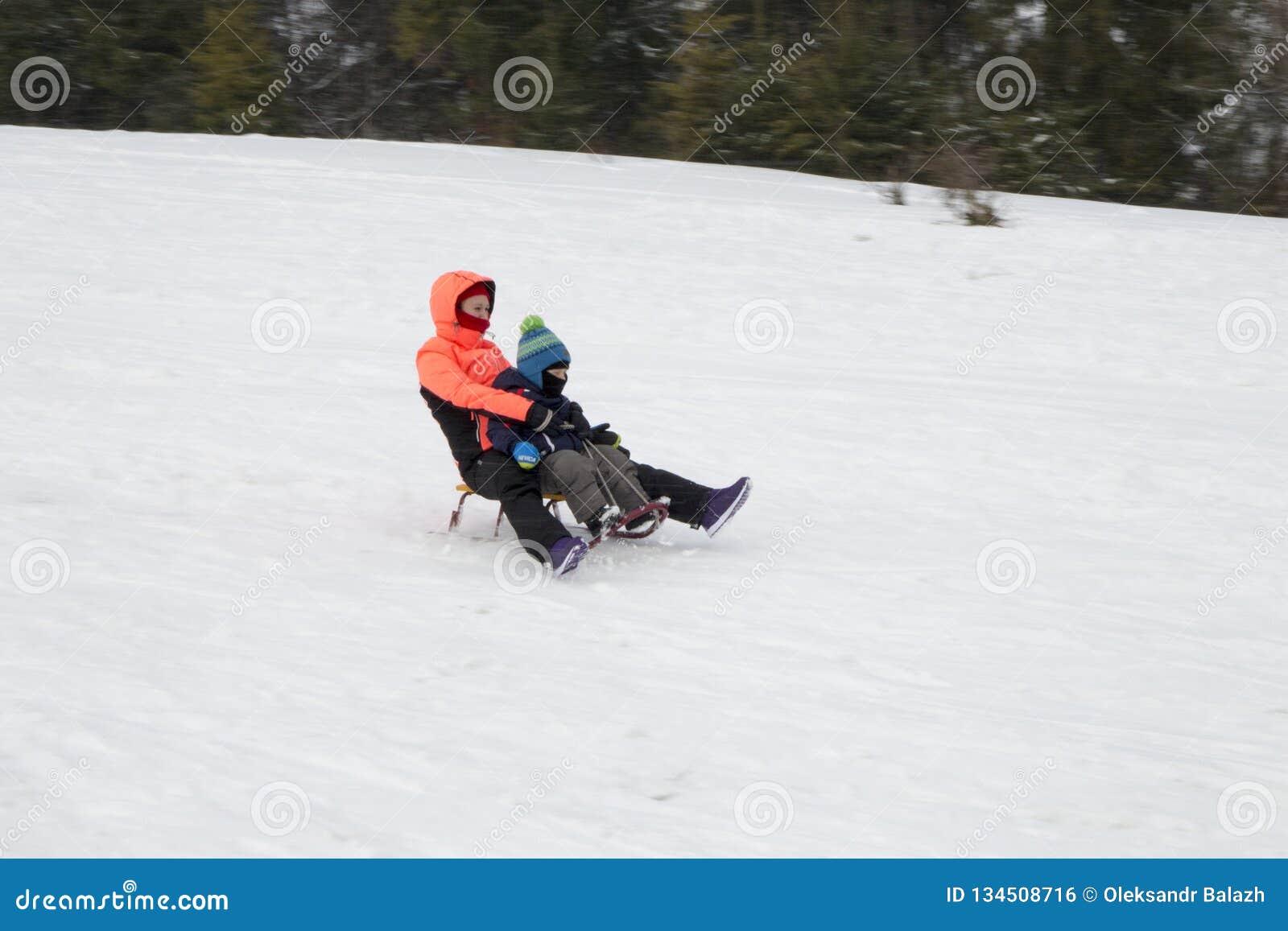 Der Anfang der Skijahreszeit in den Karpaten