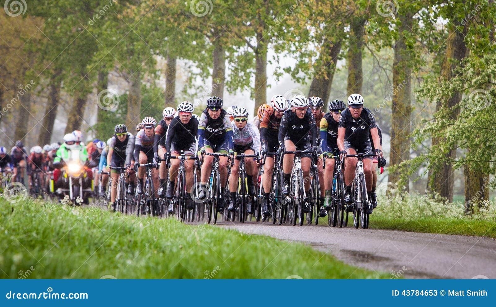 Der Ausflug-Radrennen der Frauen
