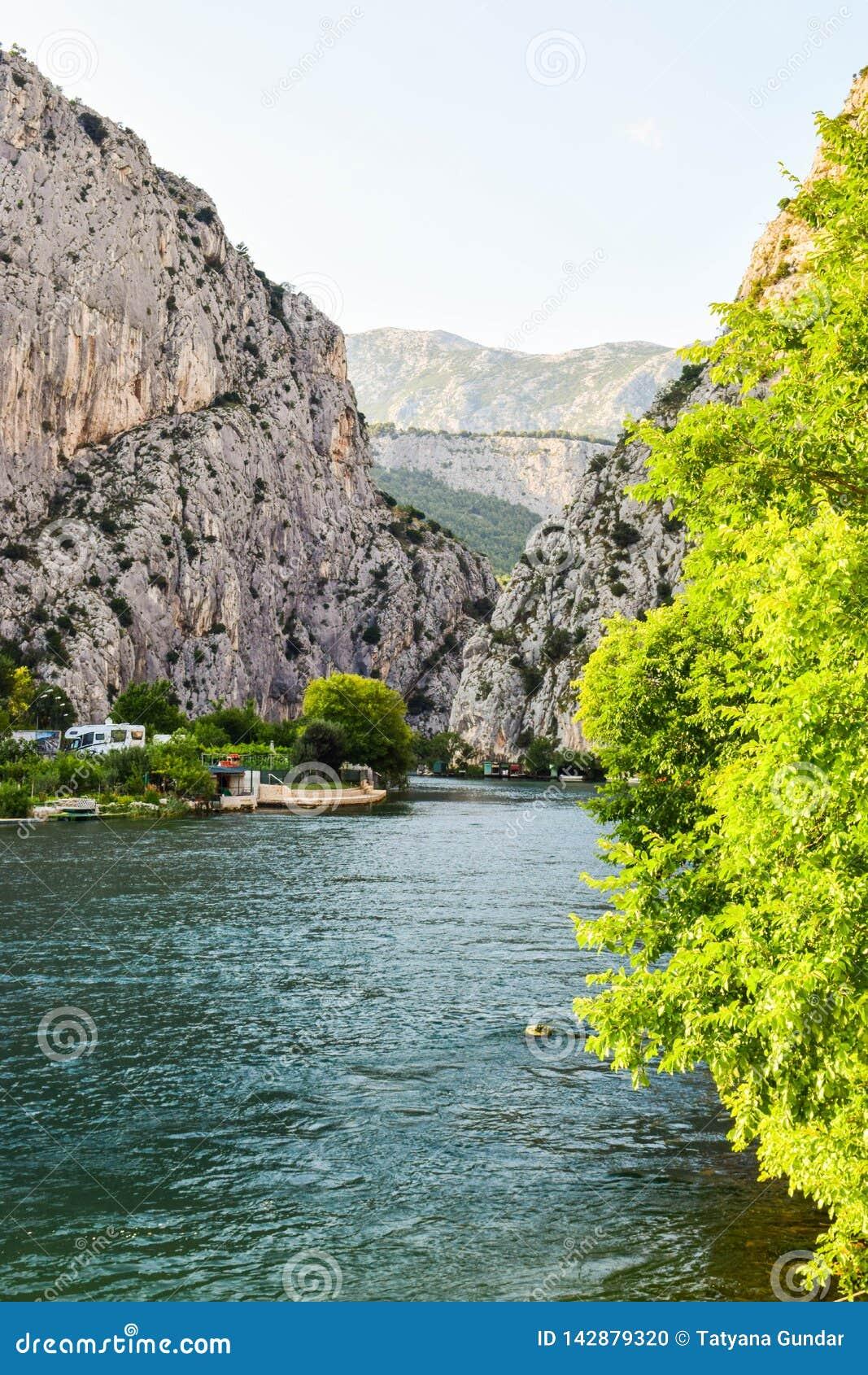 Der Cetina-Fluss