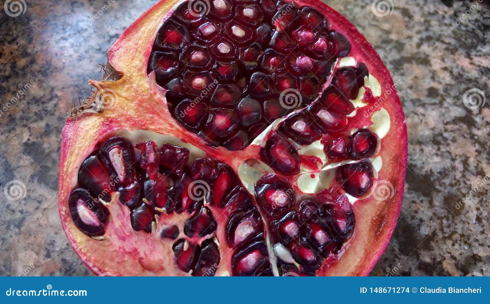 Der Granatapfel, k?stliche Frucht
