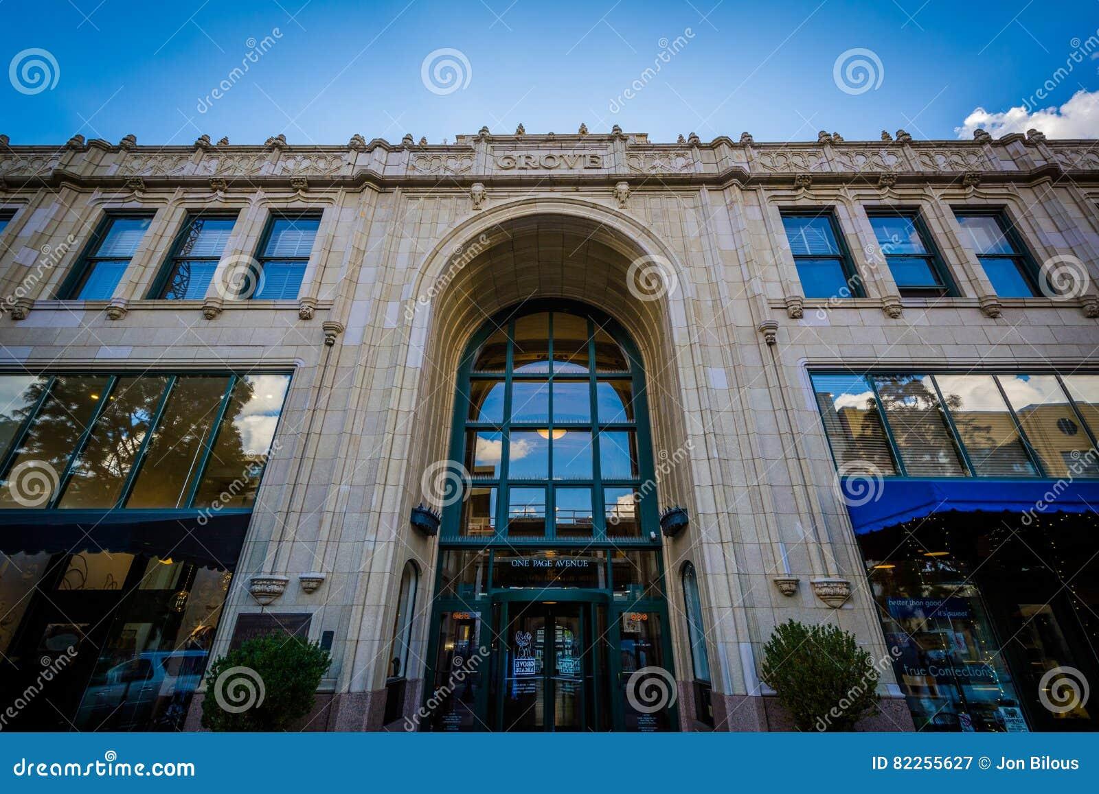 Der Grove-Säulengang, in im Stadtzentrum gelegenem Asheville, North Carolina