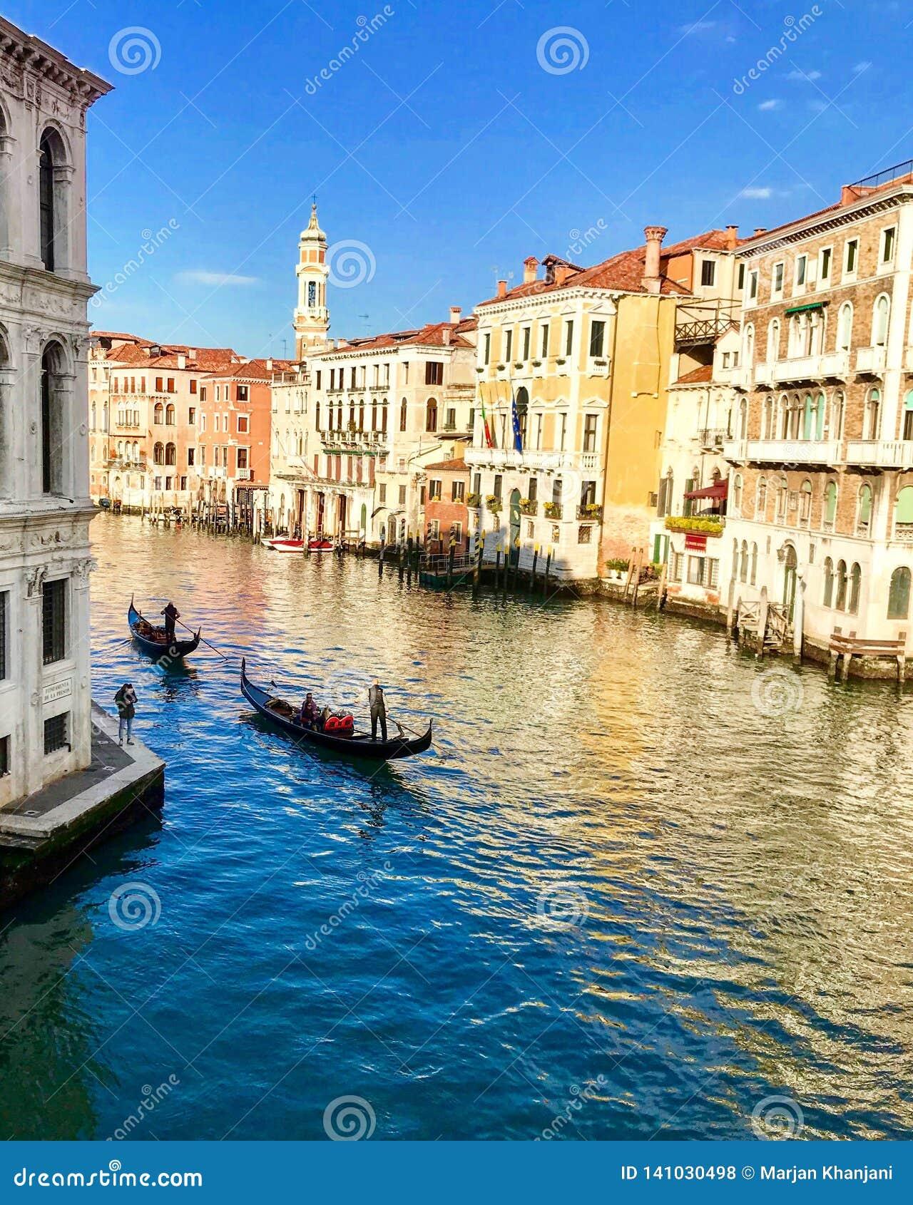 Der Kanal groß in Venedig, Italien