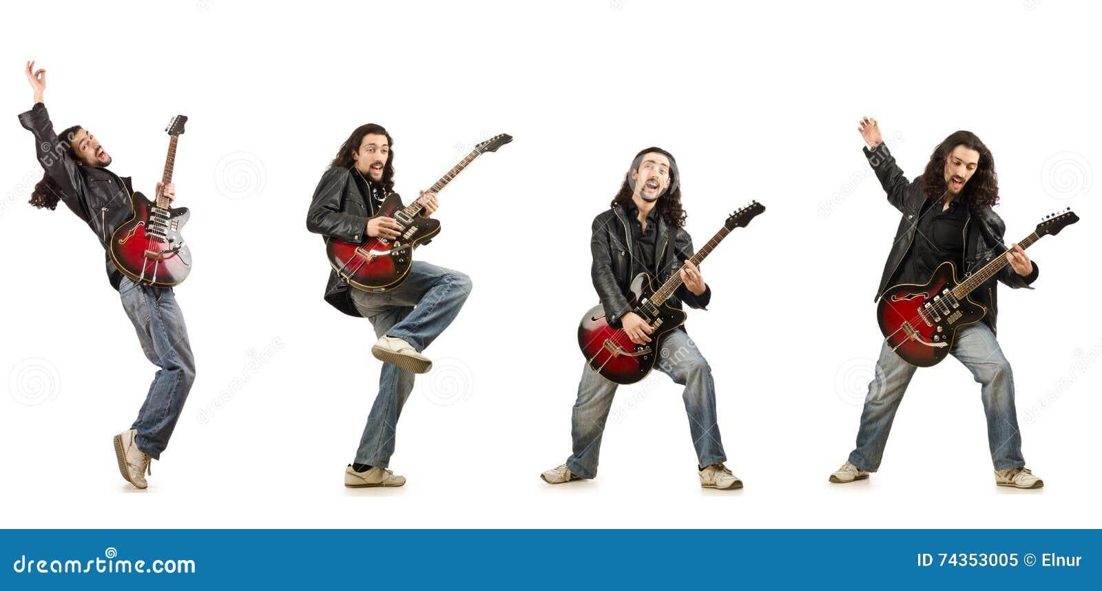 Der lustige Gitarrist lokalisiert auf Weiß