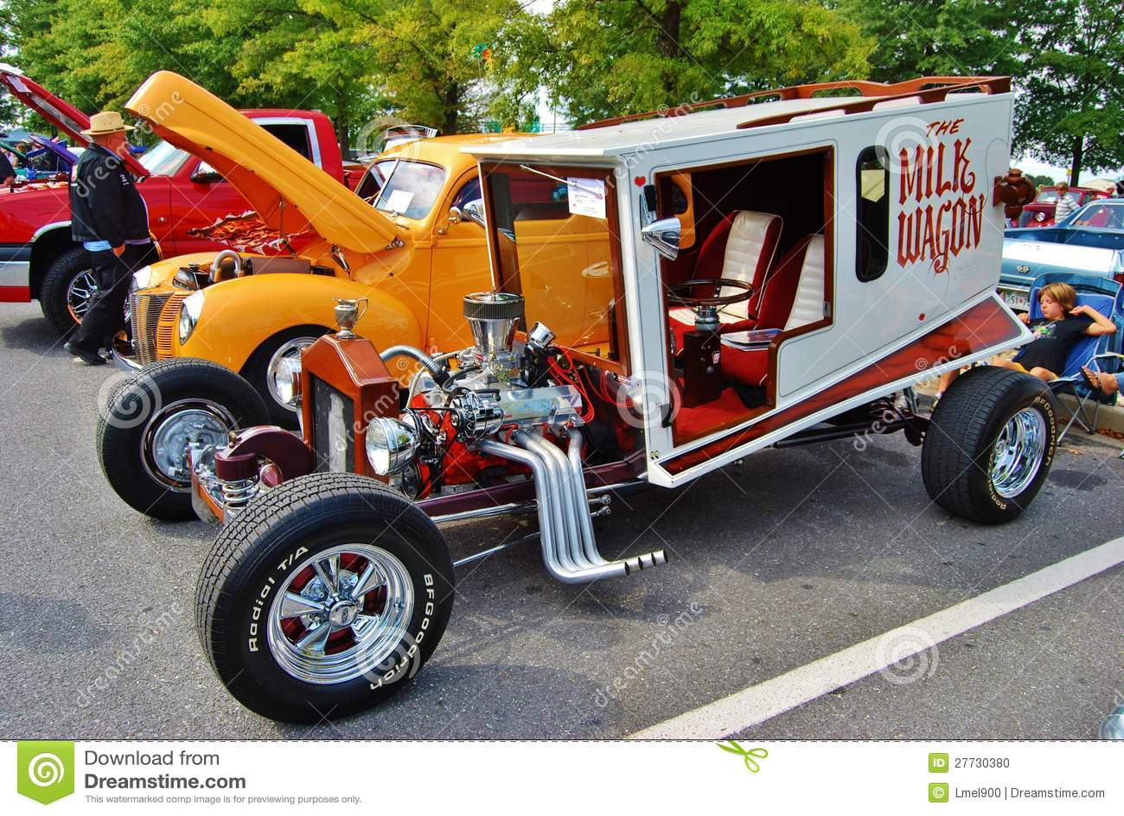 Der Milch-Lastwagen an einem Car Show