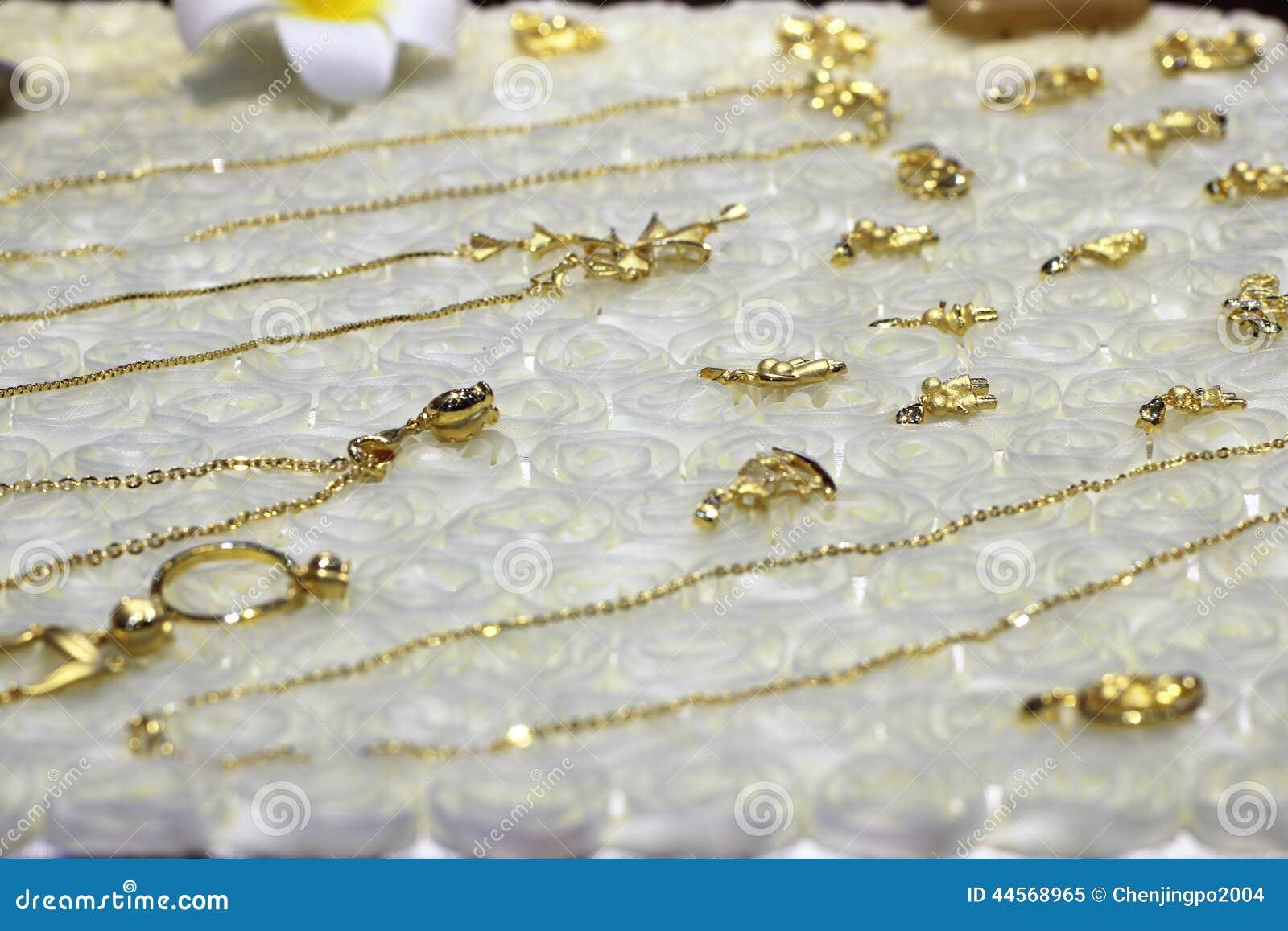 Der reine Goldschmuck