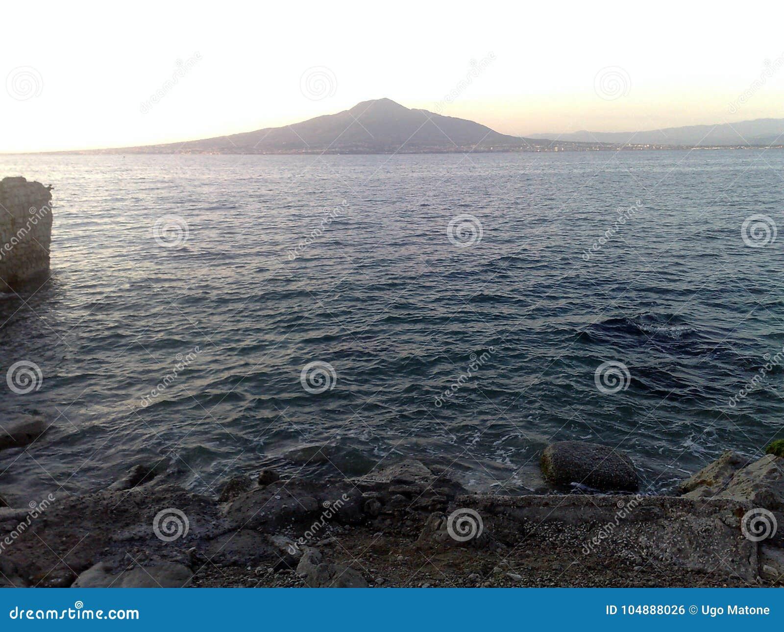 Der Vesuvio gesehen von der Sorrent-Halbinsel