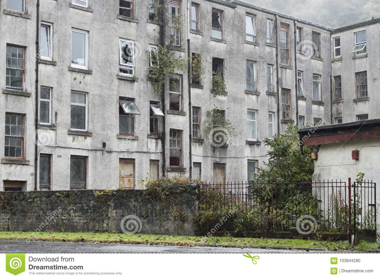 Derelict Old Housing Flats Cheap Rent Cuts Uk England Ready To Be