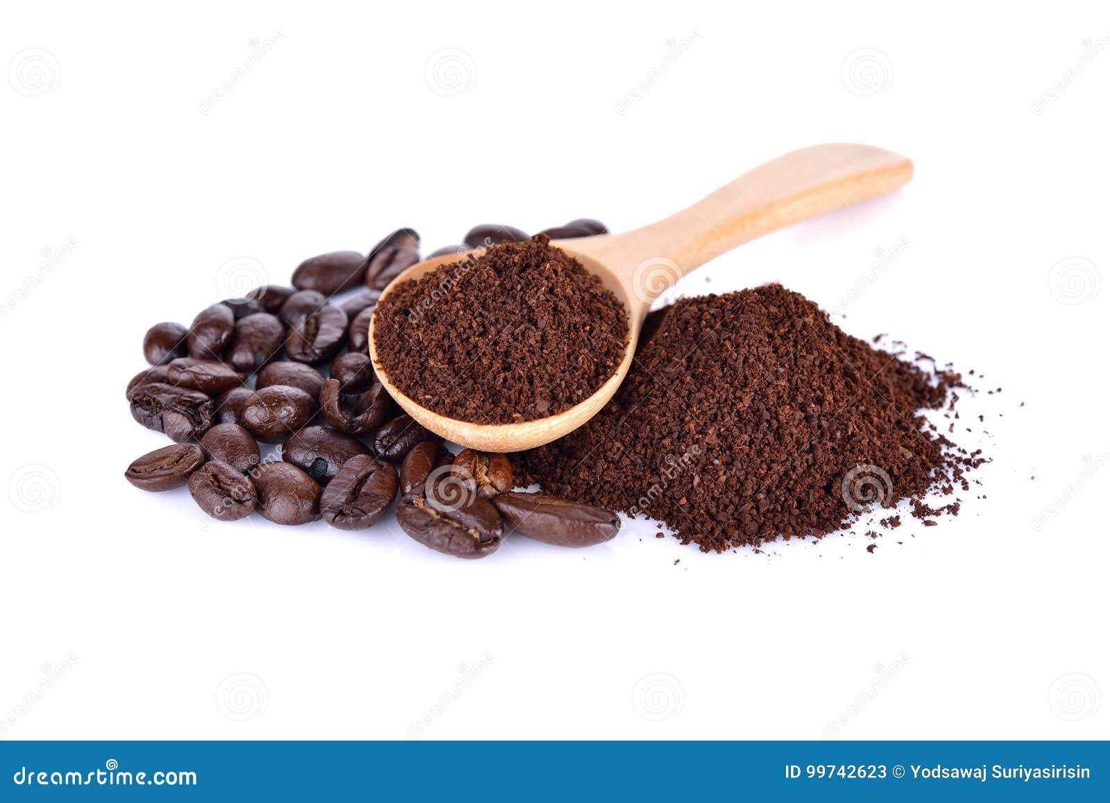 Des Bohnenarabicas des gemahlenen Kaffees und des Röstkaffees starke Mischung auf w