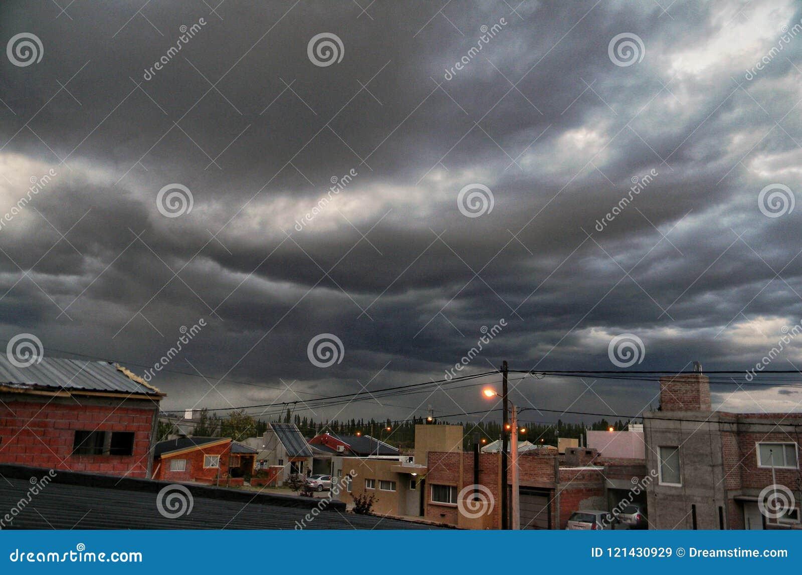 Des jours nuageux pourriez-vous être étonnant, convenez-vous ?