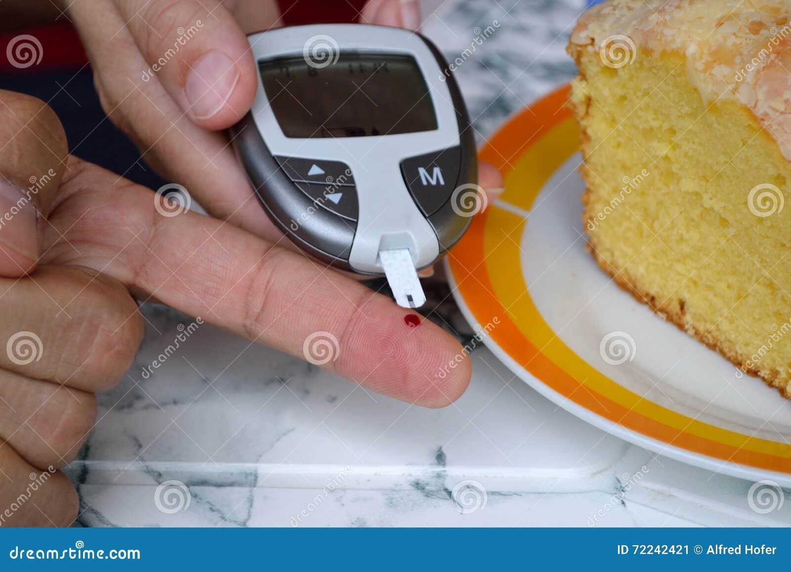 Des niveaux de glucose sanguin sont mesurés